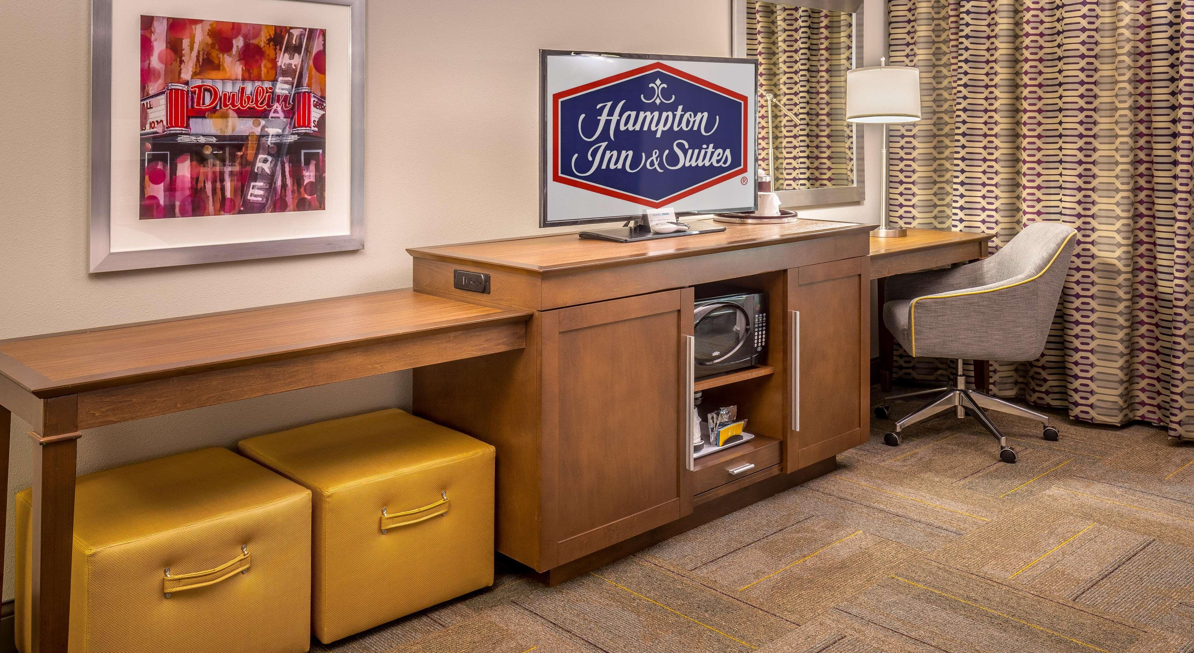 Hampton Inn & Suites Dublin image 48