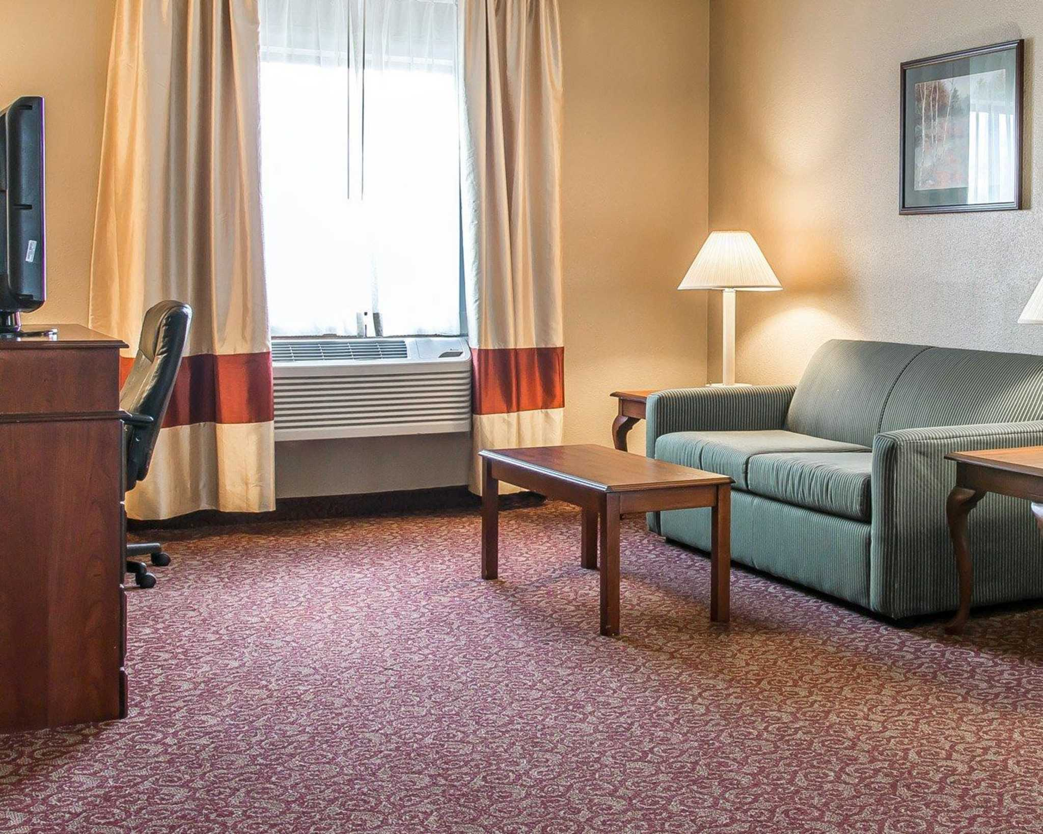 Hotels Near Upper Sandusky Ohio