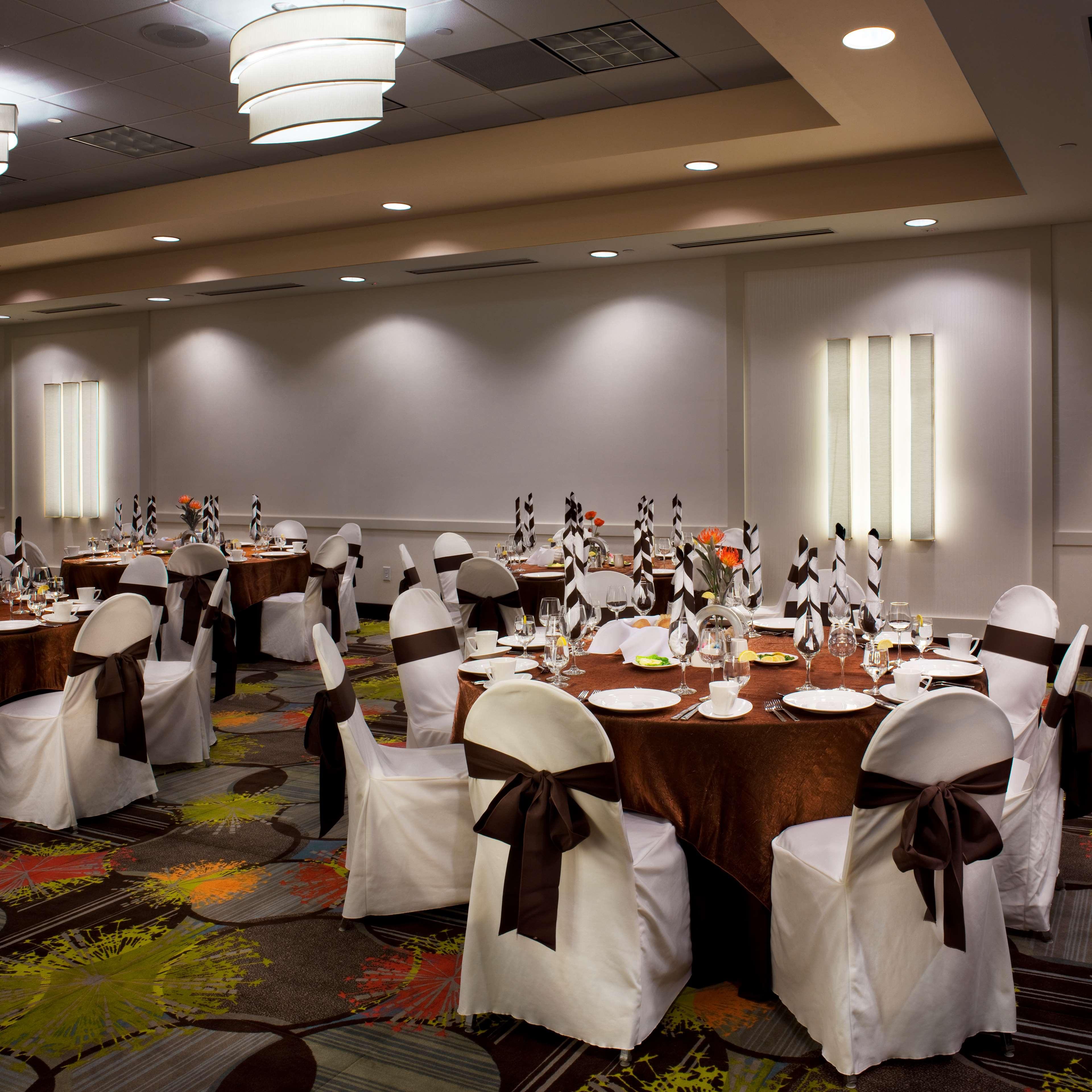 Hilton Garden Inn Denver/Cherry Creek image 9