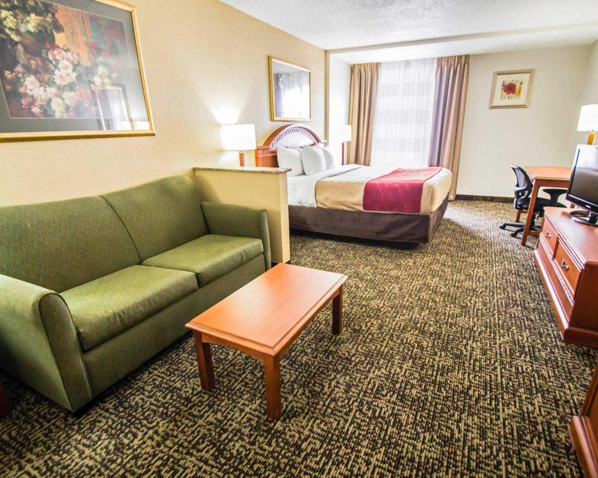 Quality Inn & Suites Winter Park Village Area image 24