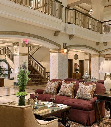 Hotel Blackhawk, Autograph Collection image 4