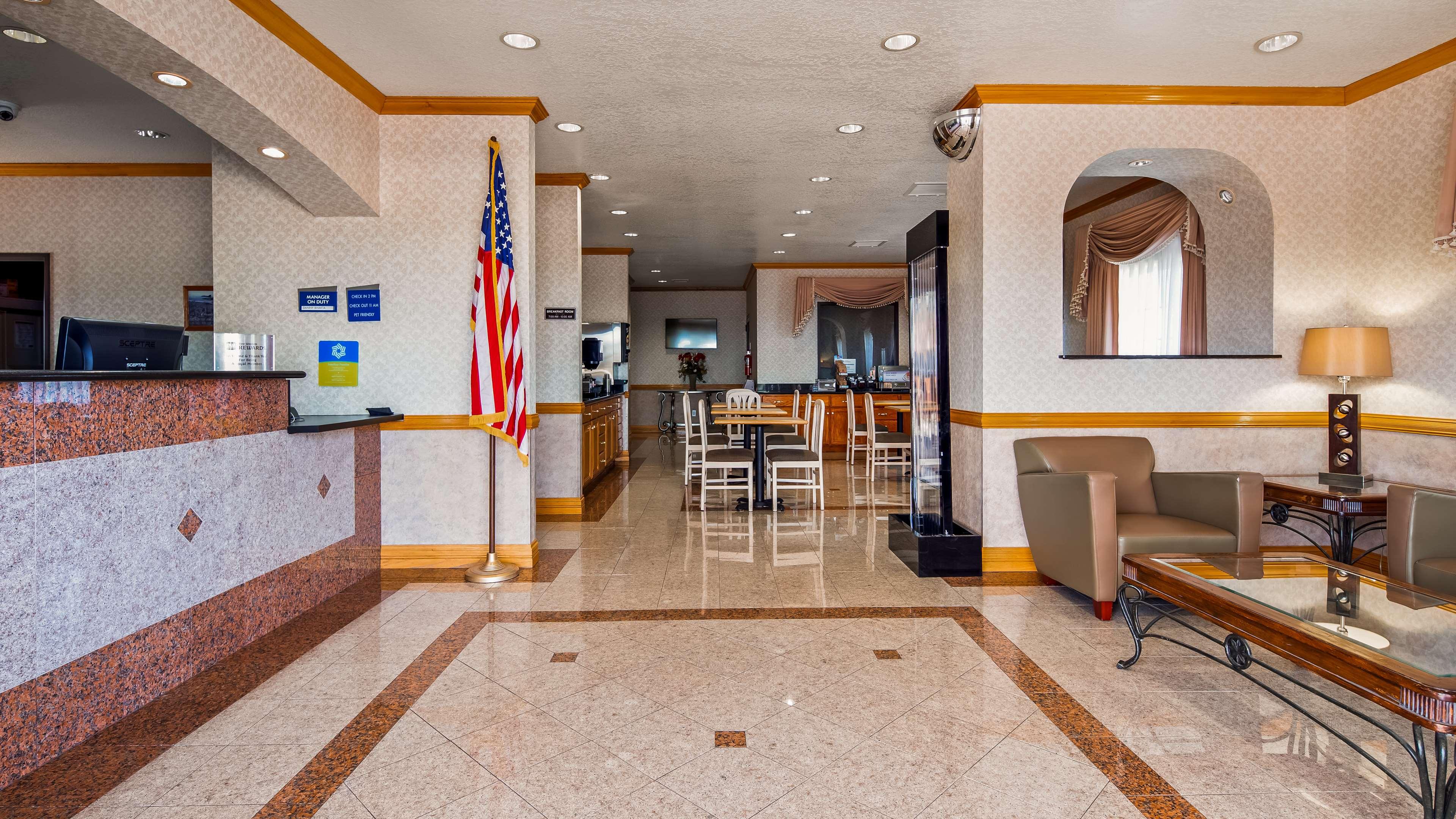 SureStay Hotel by Best Western Falfurrias image 21