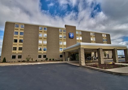 Comfort Inn Pittston - Wilkes-Barre/Scranton Airport image 0