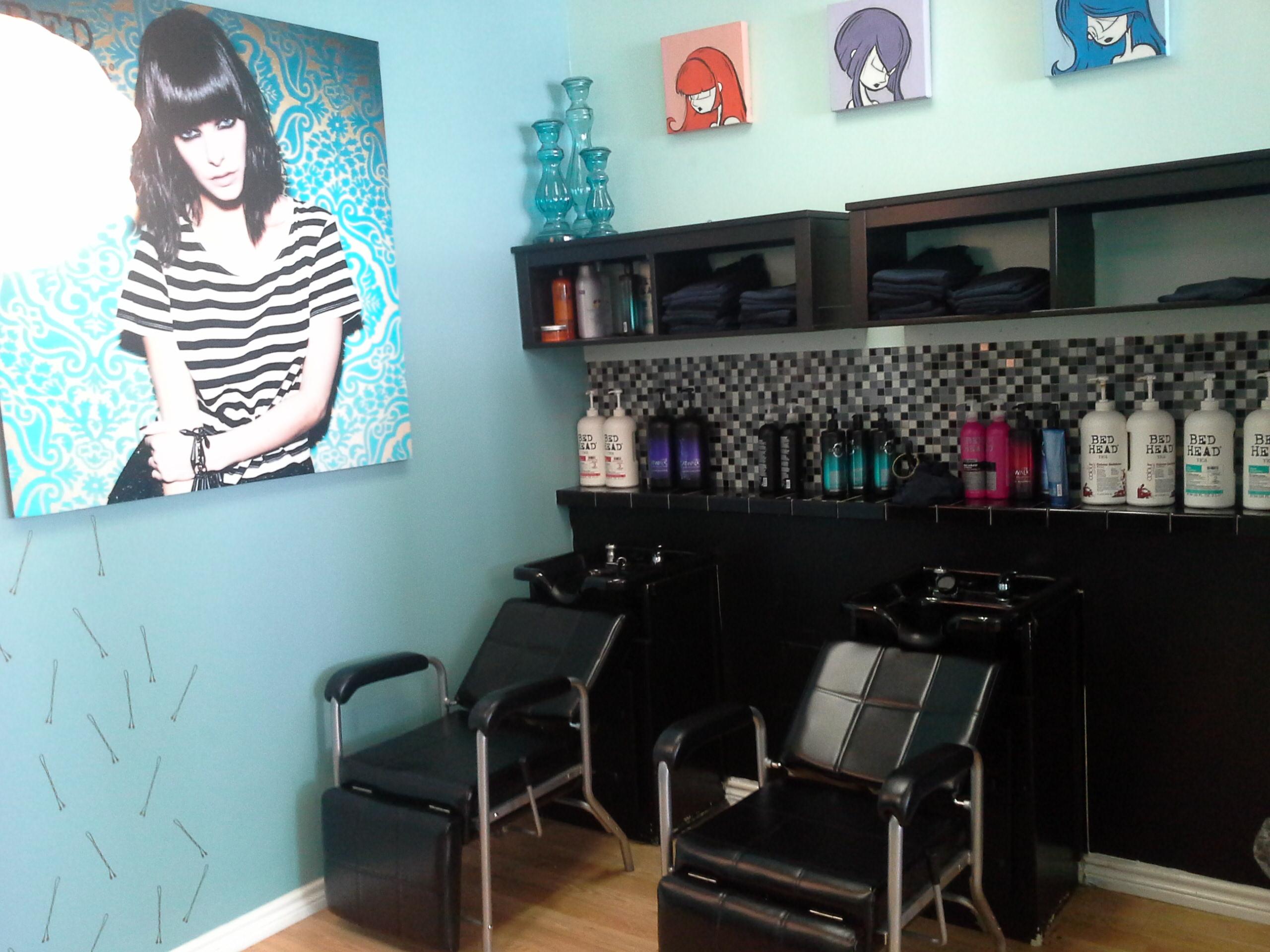 Bettie Bangs Salon image 35