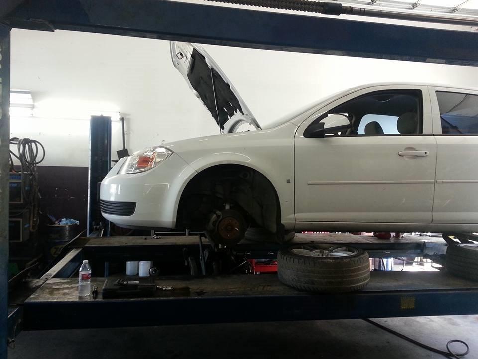 D&W Auto Repair image 8