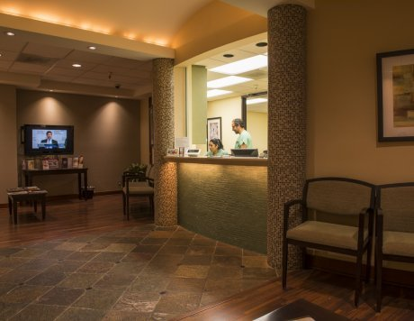 Beverly Oaks Surgery image 2