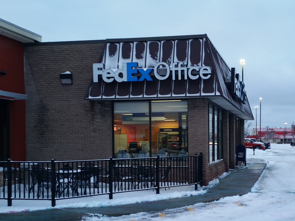 FedEx Office Print & Ship Center in Roseville, MI, photo #2