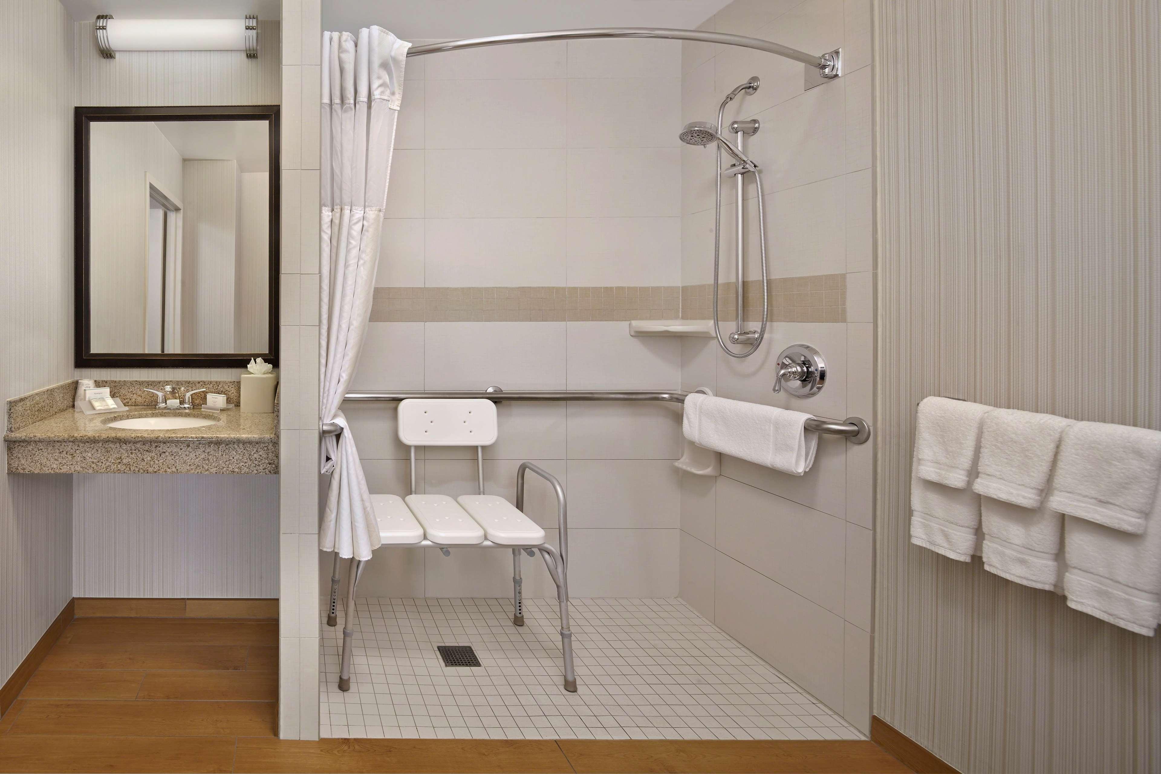 Hilton Garden Inn Danbury image 20