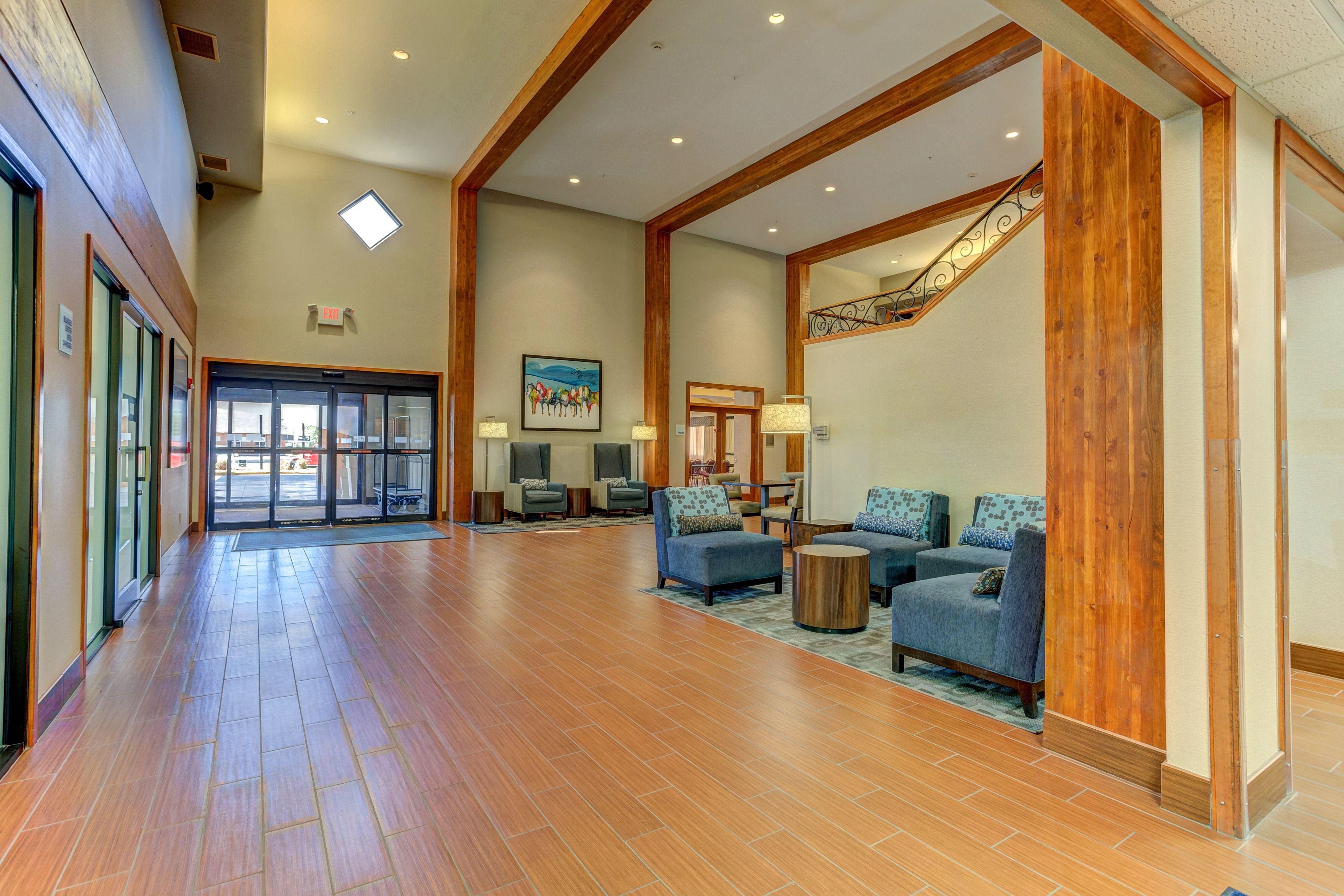 Holiday Inn Express & Suites Montrose image 5