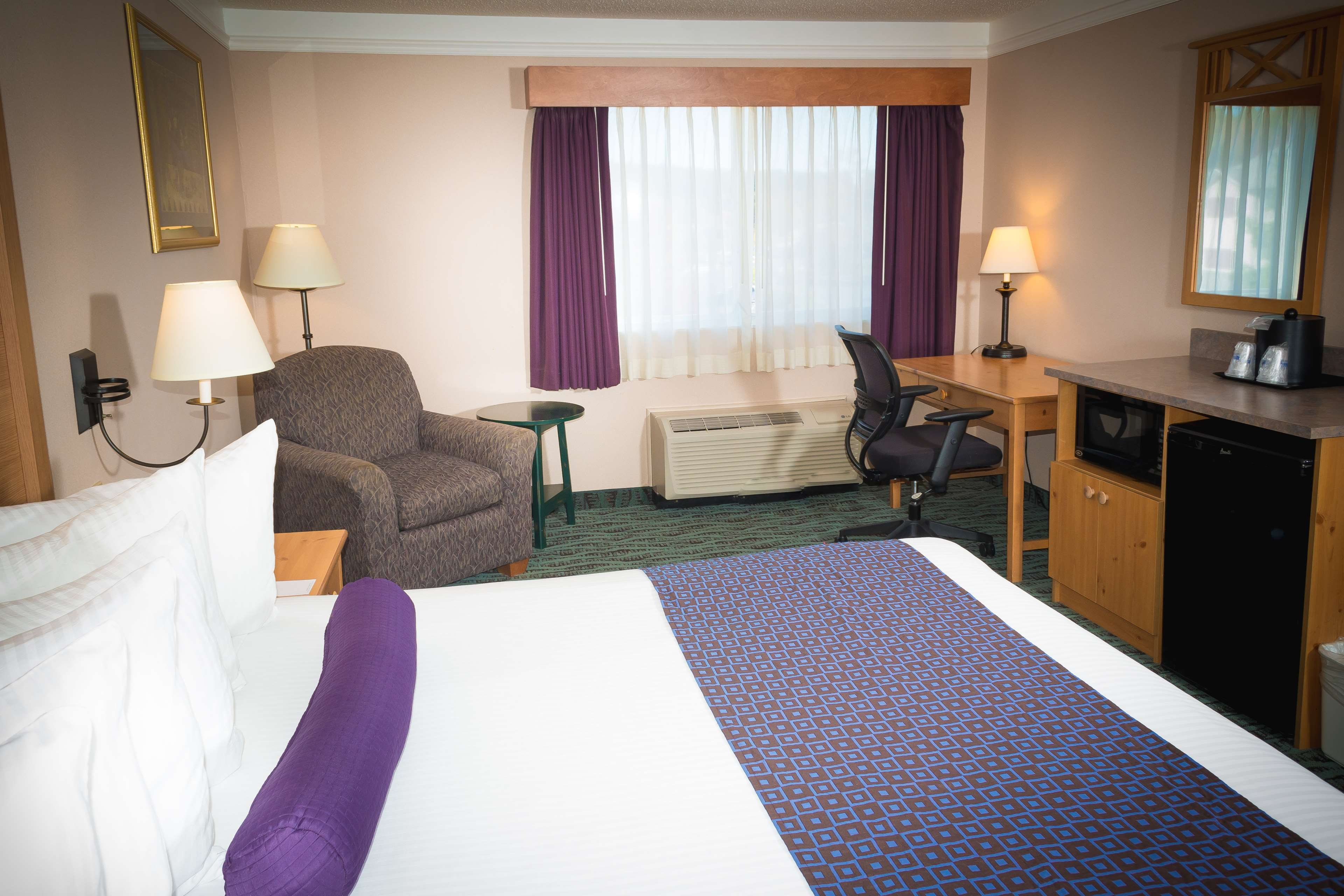 Best Western Plus Executive Court Inn & Conference Center image 38