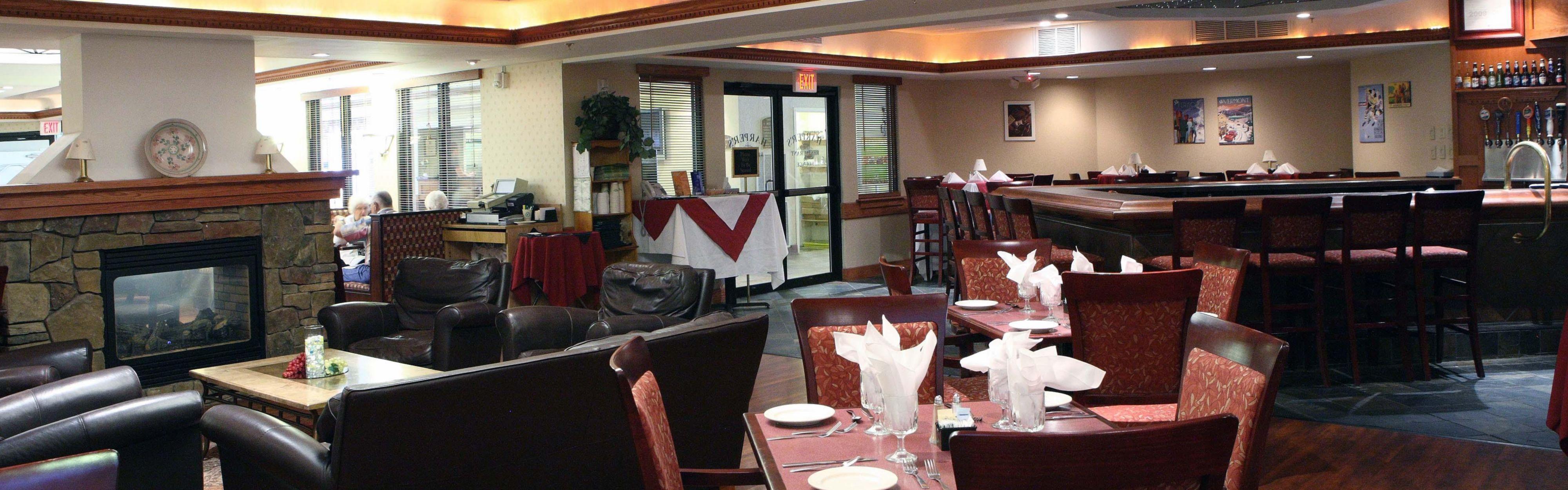 Holiday Inn Burlington image 3