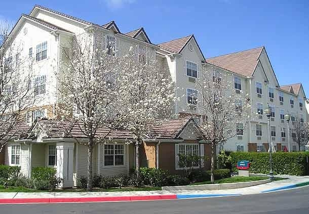 TownePlace Suites by Marriott Milpitas Silicon Valley image 0