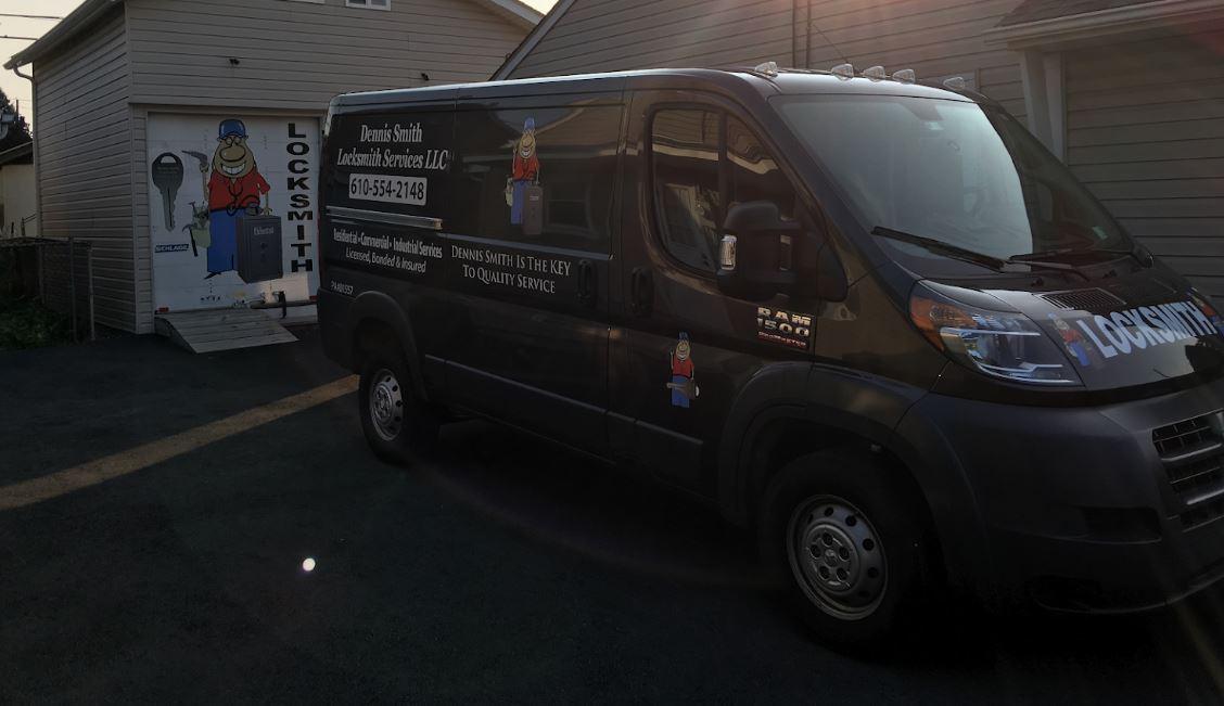 Dennis Smith Locksmith Services LLC