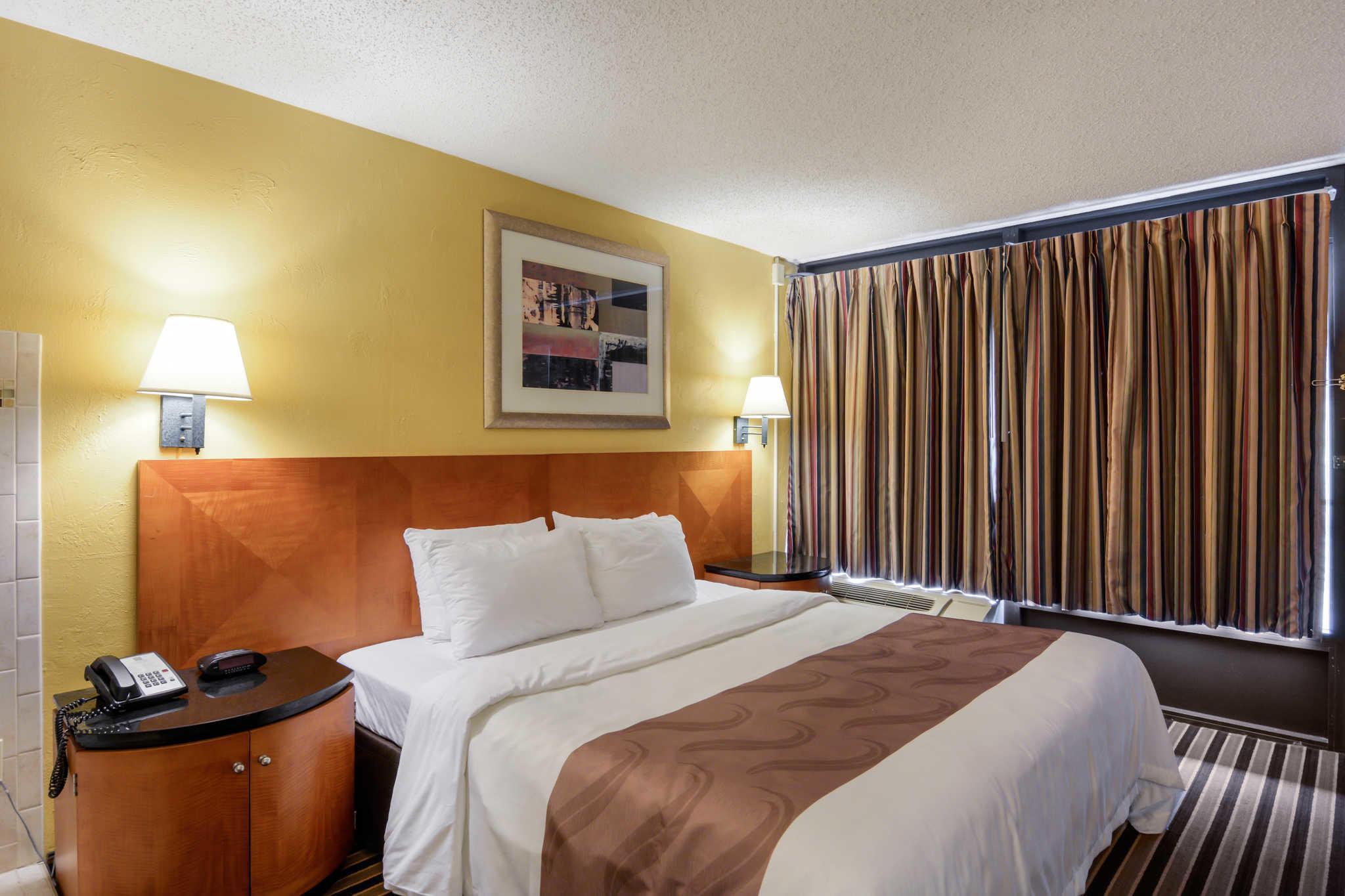 Quality Inn Skyline Drive image 22