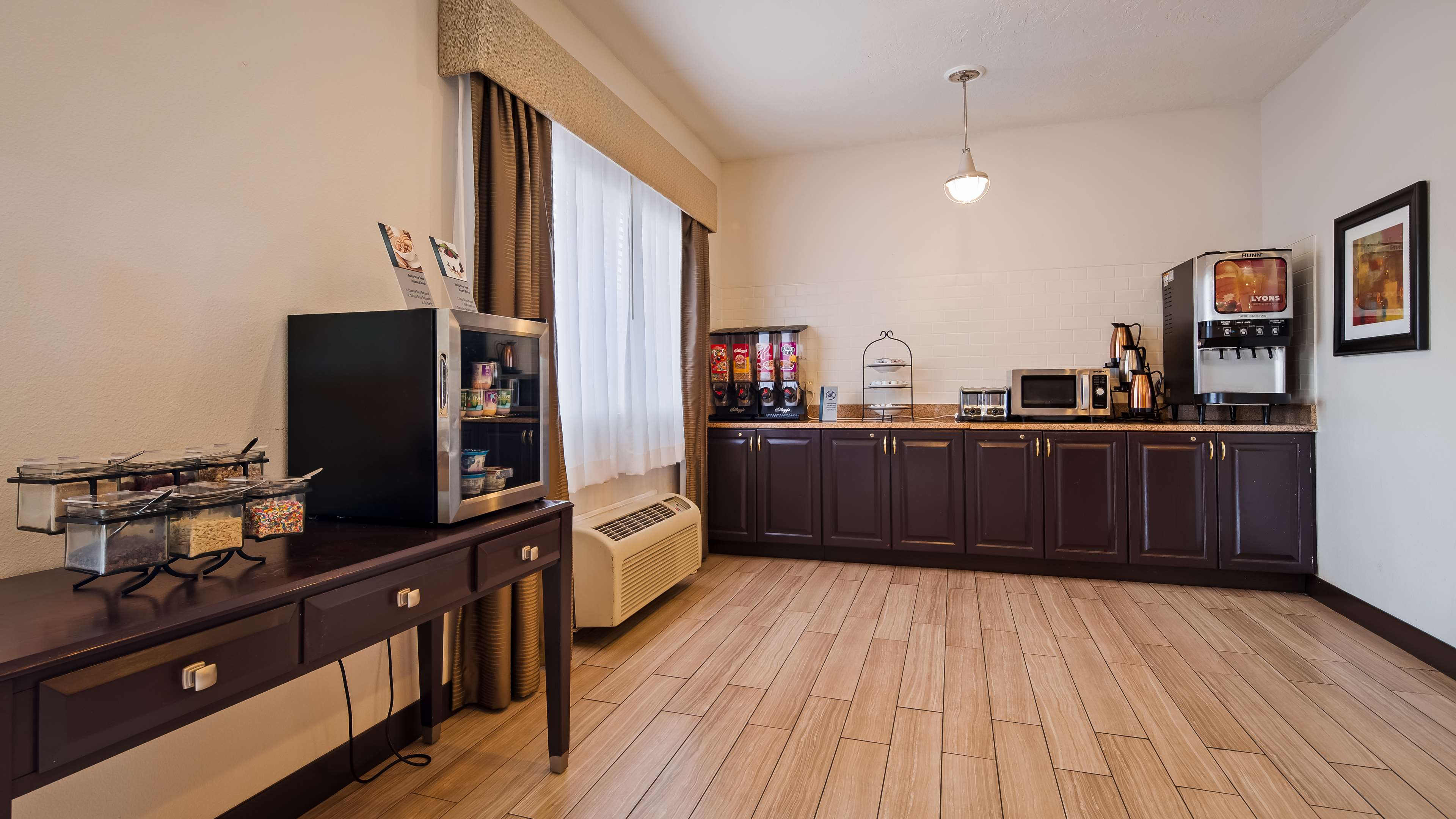 Best Western Plus Eagleridge Inn & Suites image 17