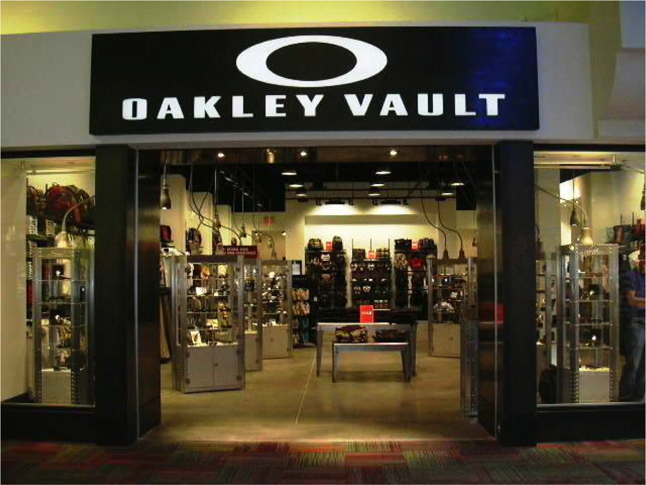 oakley outlet  Oakley Vault 5000 Arizona Mills Circle #279, Arizona Mills Tempe ...