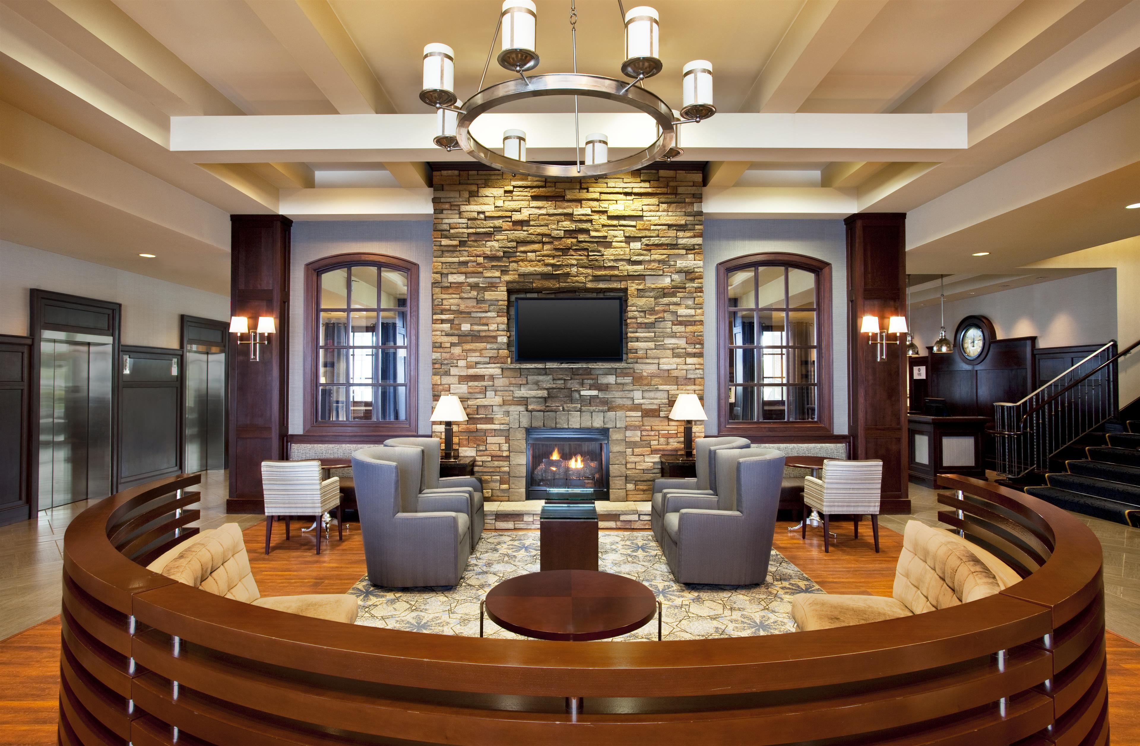Sheraton Erie Bayfront Hotel image 2
