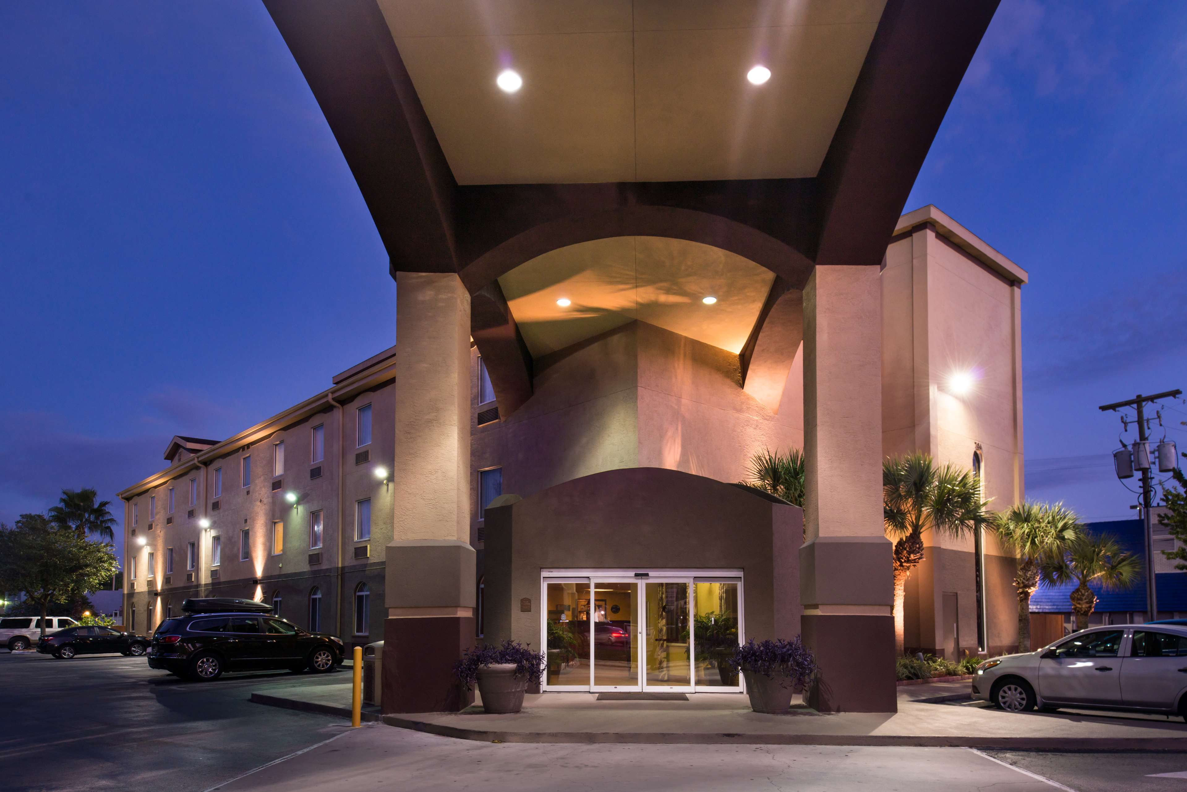 Best Western Tampa image 16
