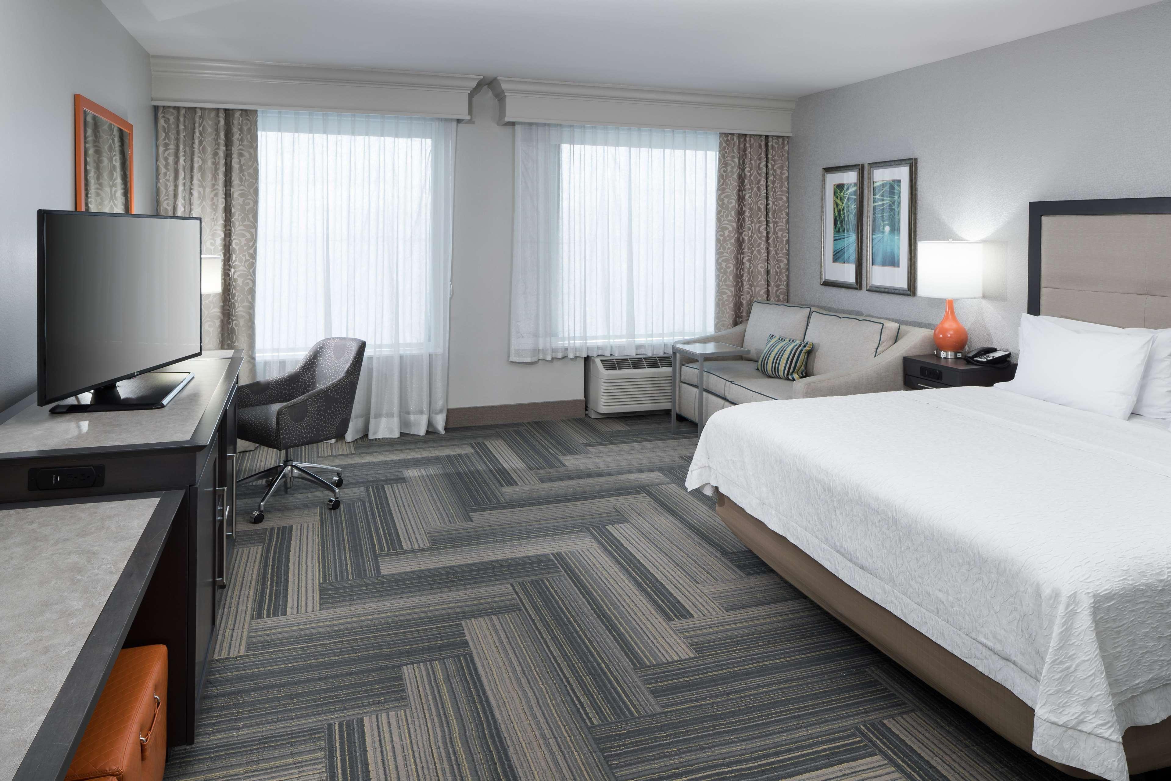 Hampton Inn & Suites by Hilton Atlanta Perimeter Dunwoody image 29