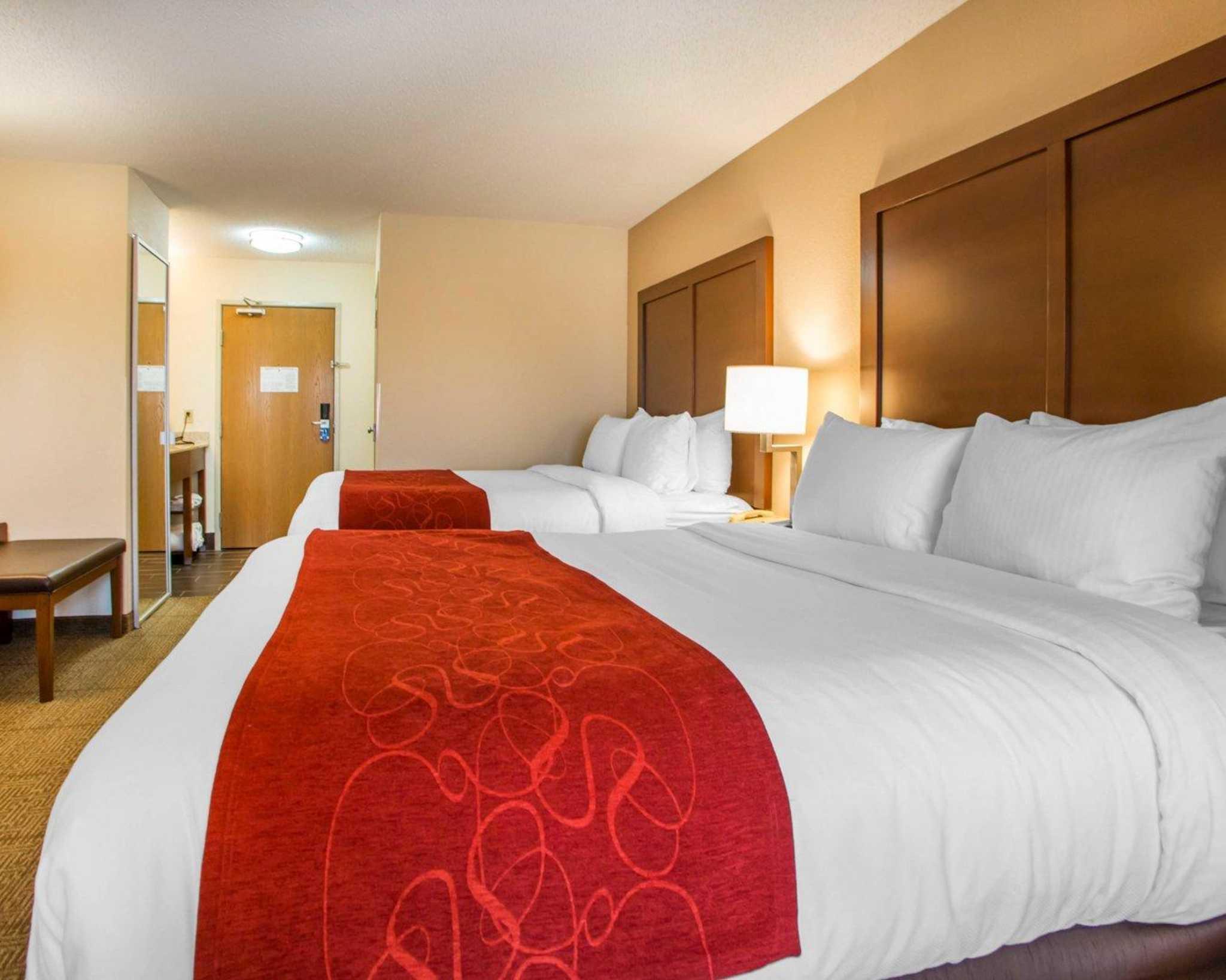 Comfort Suites Columbus West- Hilliard image 6