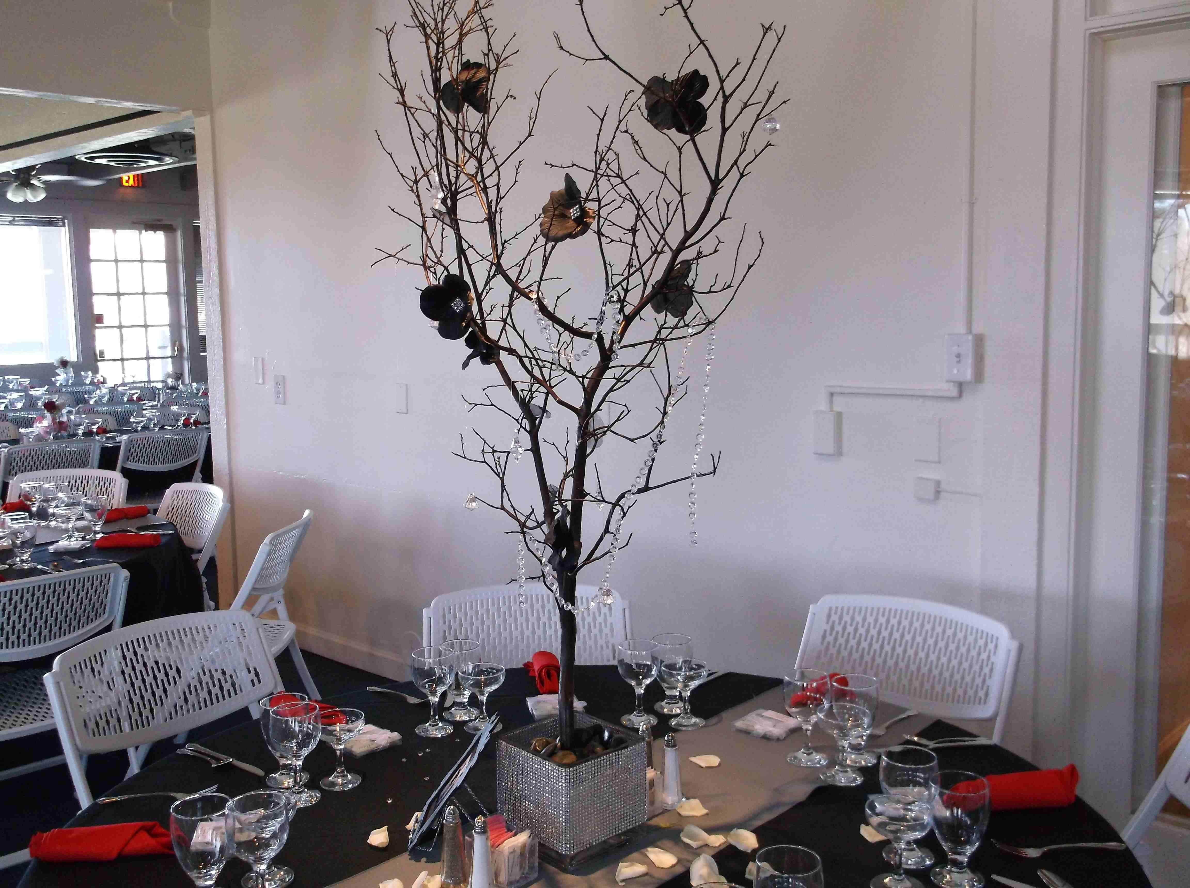 Chez Shari Banquet Facility image 26