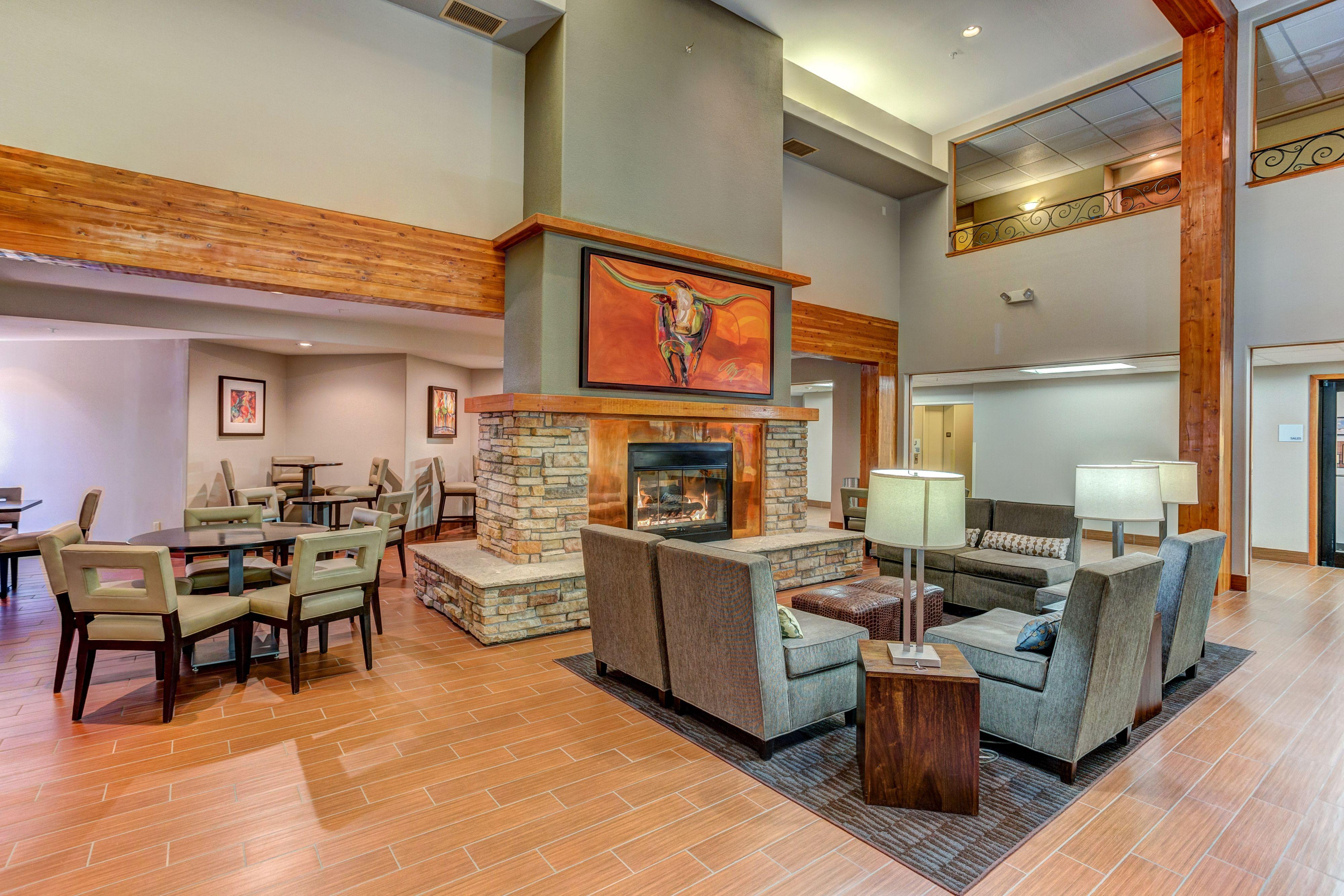 Holiday Inn Express & Suites Montrose image 4