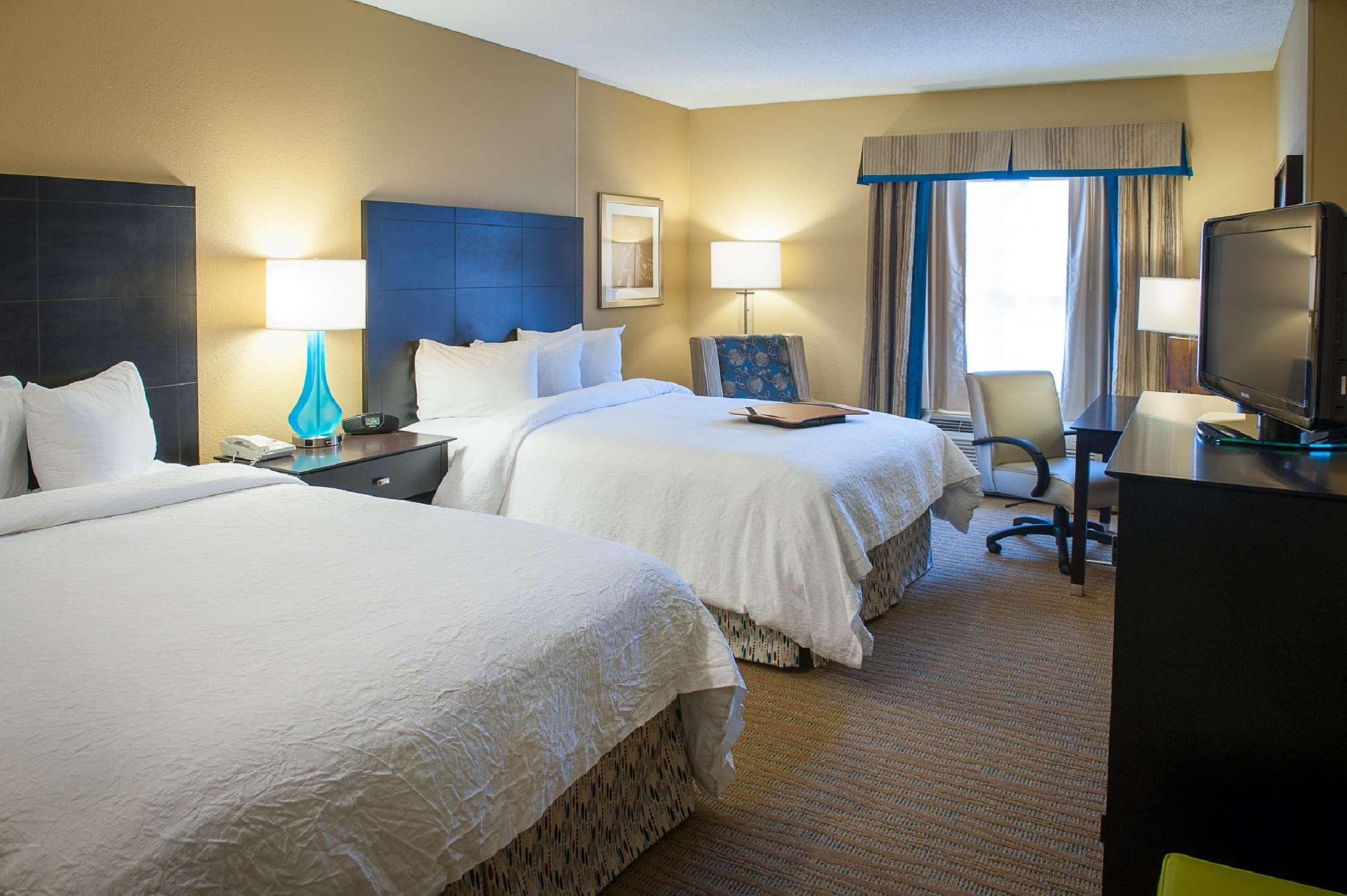 Hampton Inn & Suites St. Petersburg/Downtown image 20