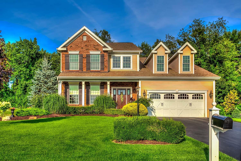 HUNT Real Estate ERA image 8