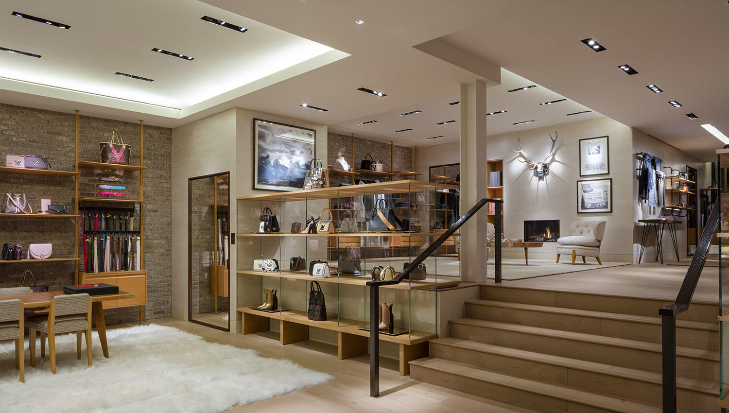 Find out all Louis Vuitton store(s). Get store locations, business hours, phone numbers and more. Go shopping on Watches, Sunglasses, Belts, Bags, Shoes and Sneakers/5(58).