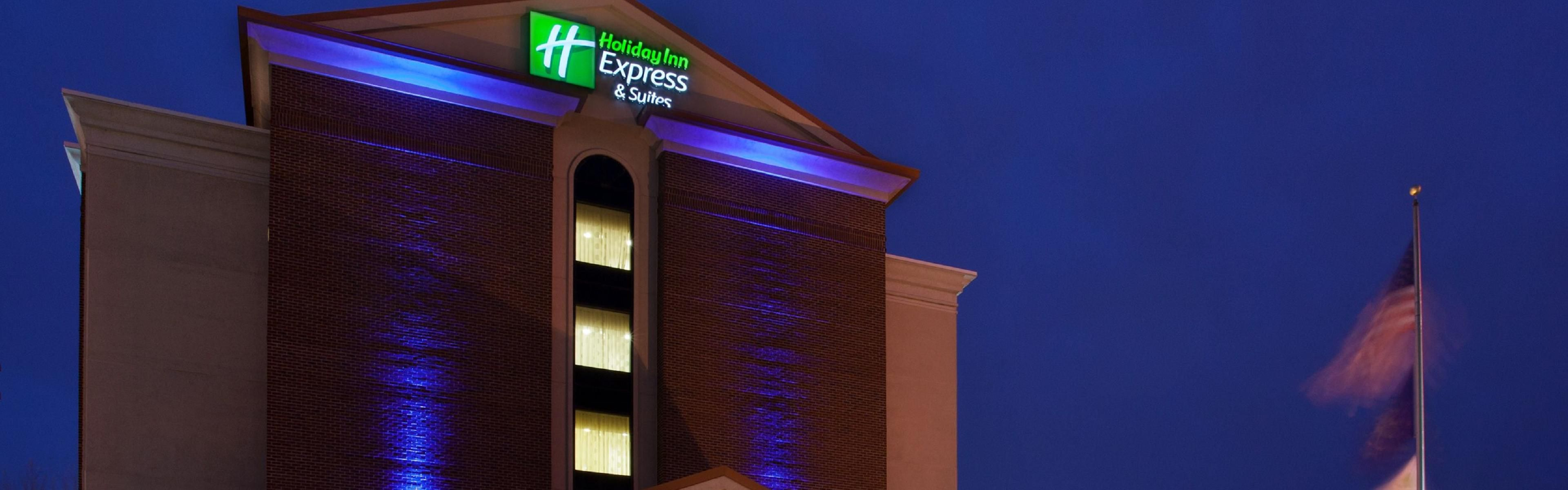 Holiday Inn Express Indianapolis Dtn-Conv Ctr Area image 0