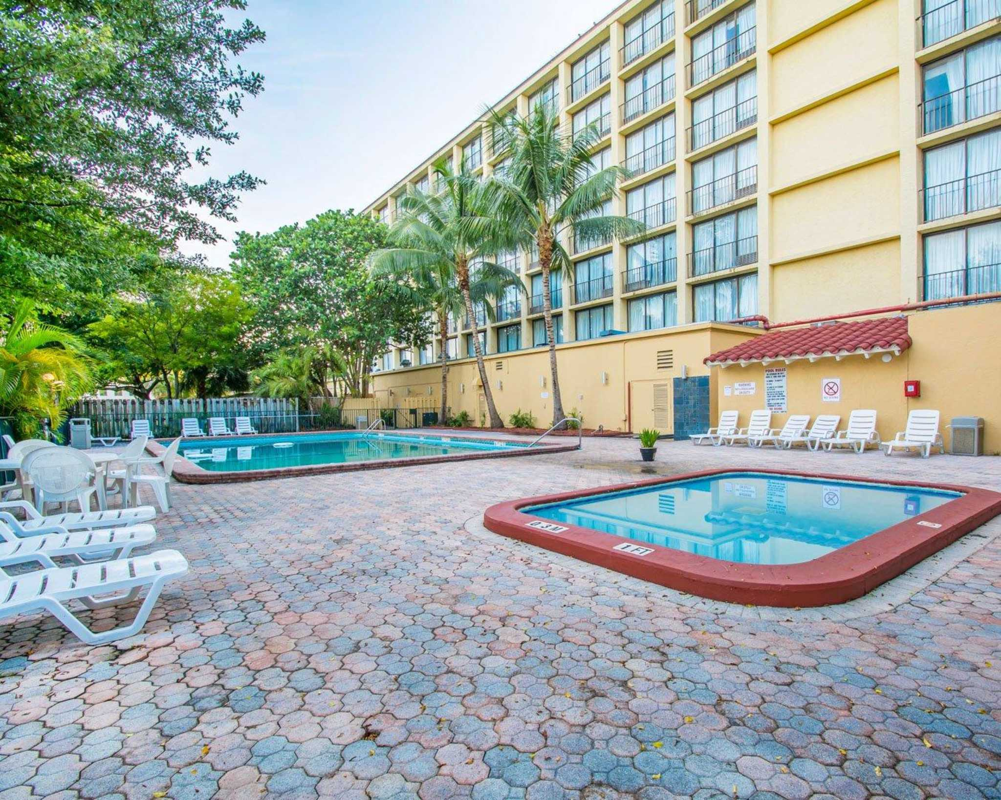 Rodeway Inn Miami image 16