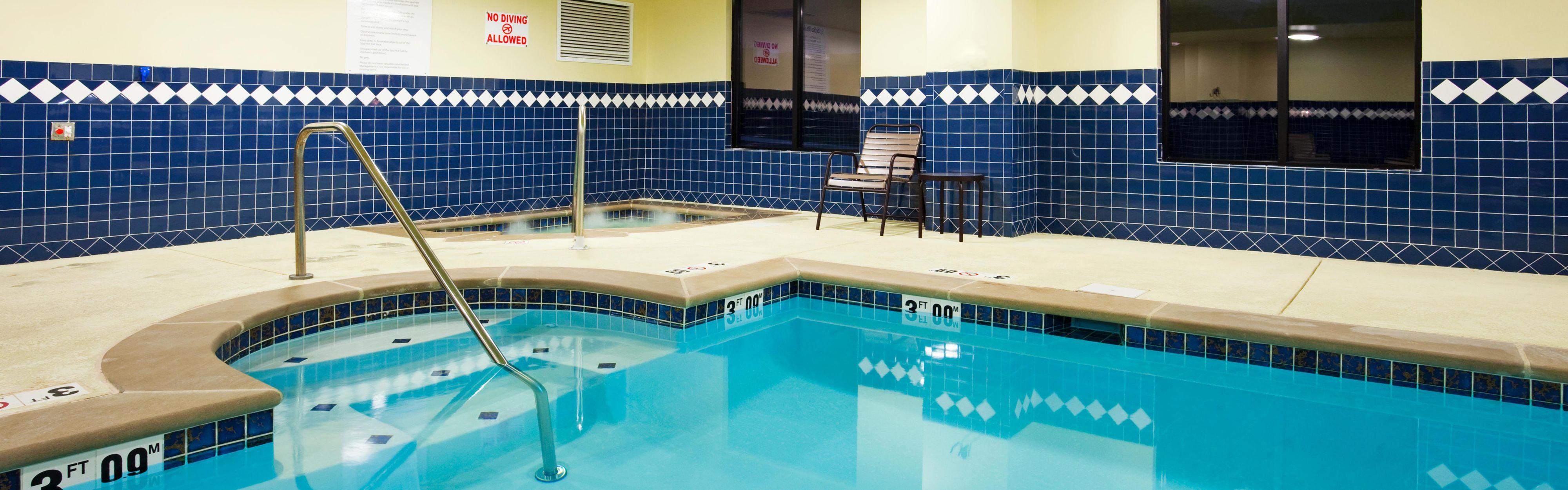 Holiday Inn Express & Suites Smyrna-Nashville Area image 2
