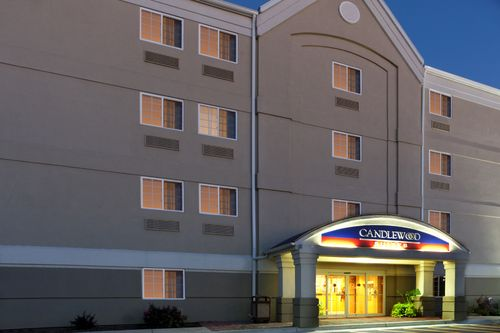 Candlewood Suites Winchester image 1