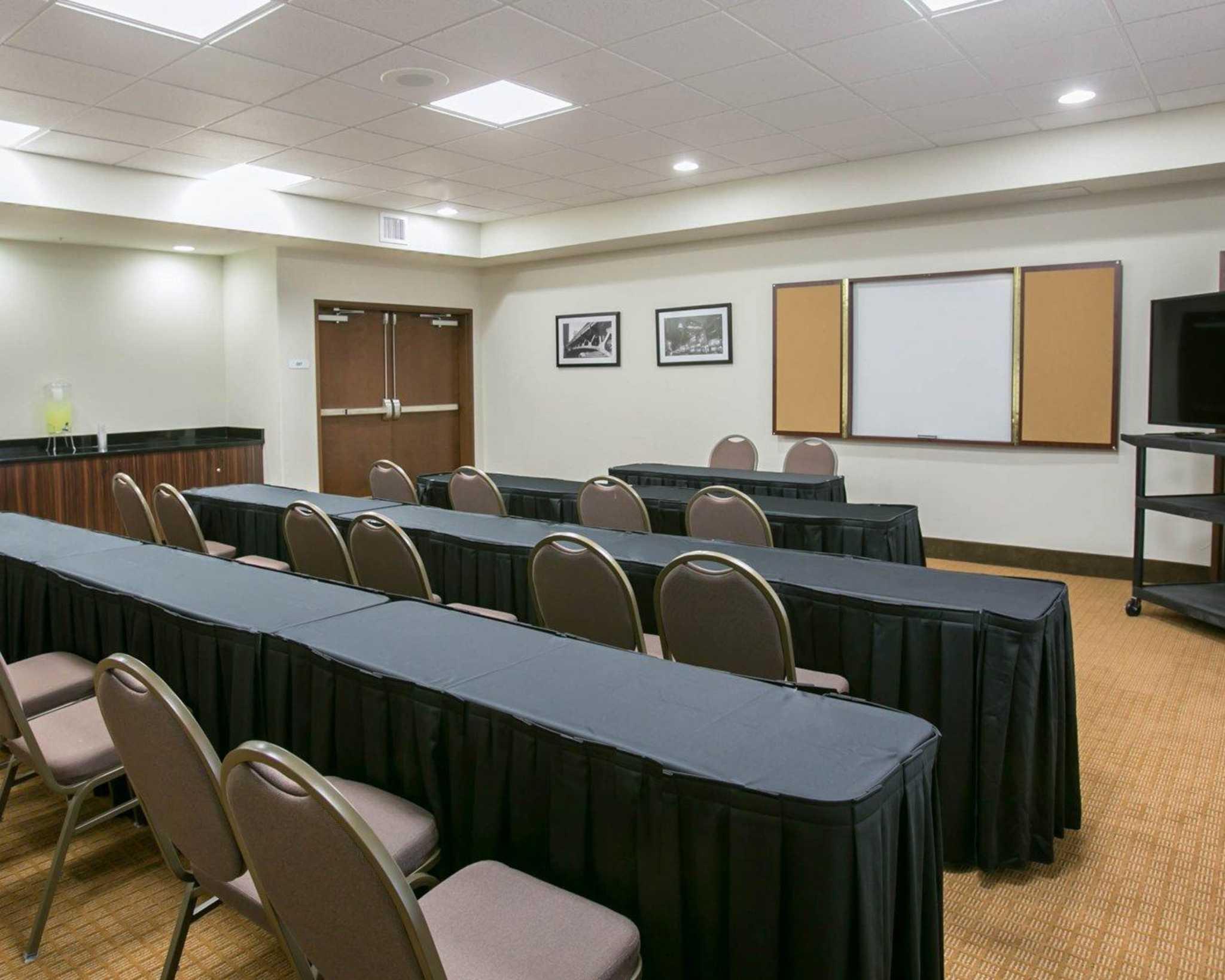 Sleep Inn & Suites Austin - Northeast image 14