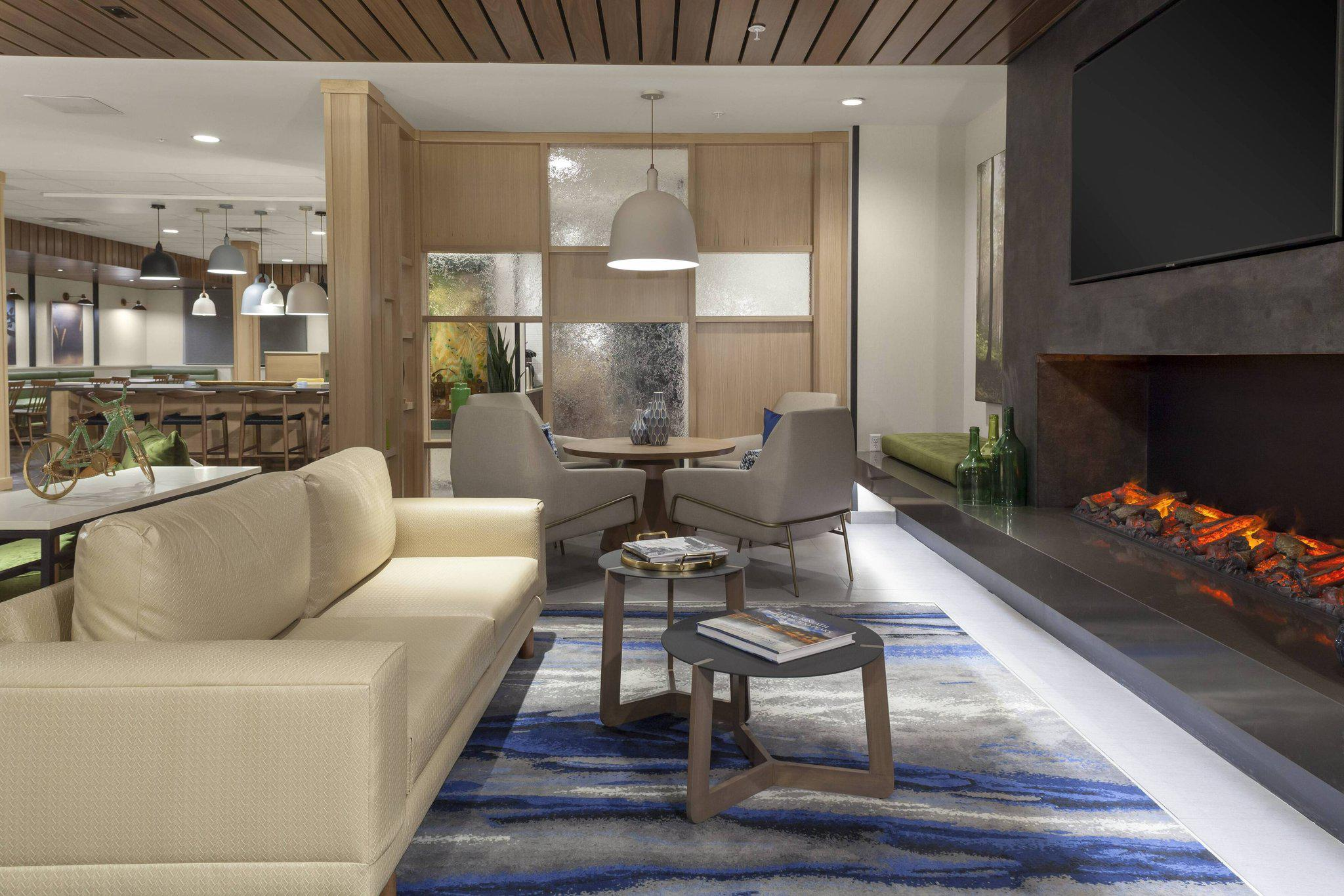 Fairfield Inn & Suites by Marriott Fort Collins South