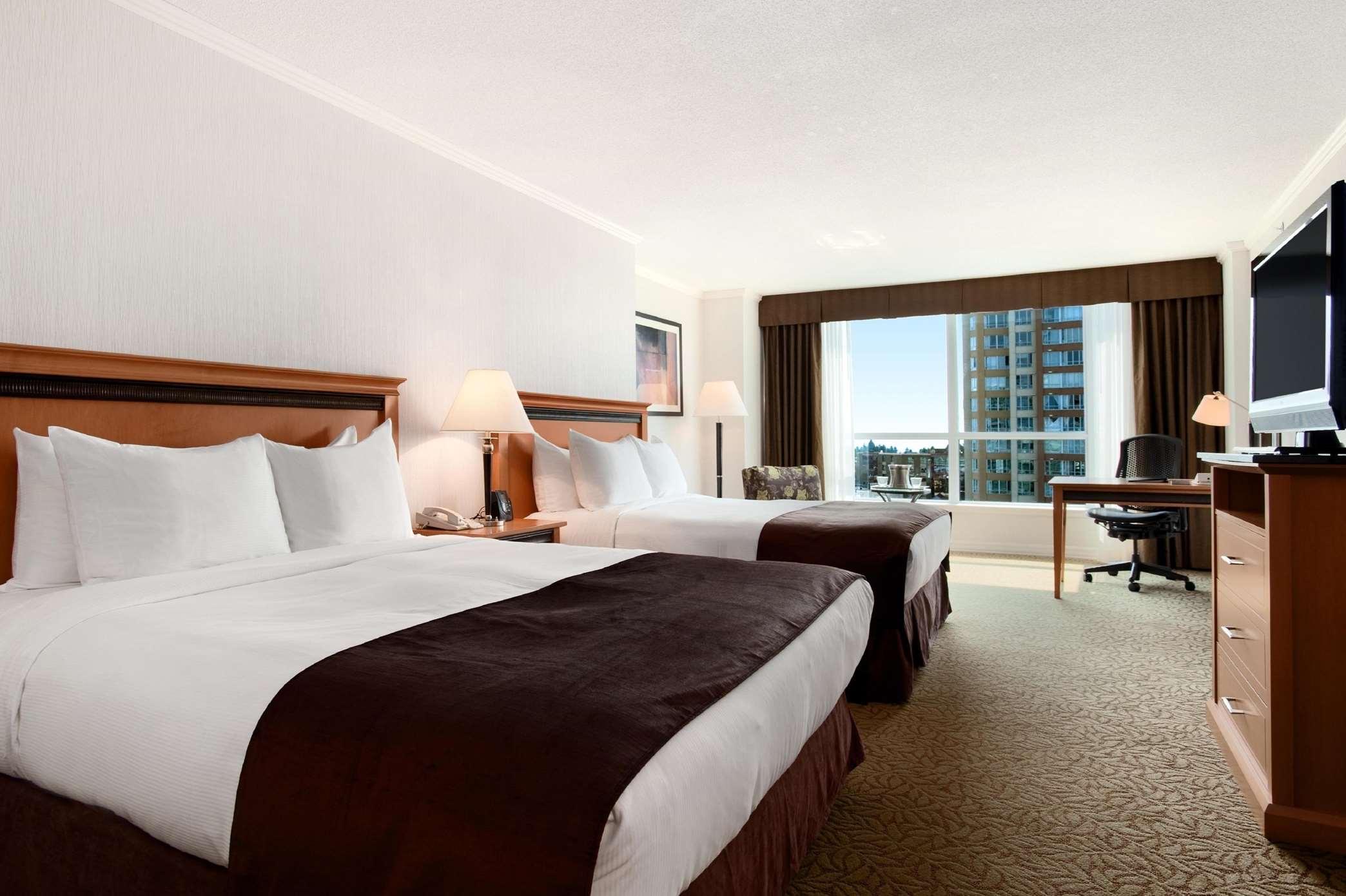 Hilton Vancouver Metrotown in Burnaby: 2 Queen Beds Deluxe Room