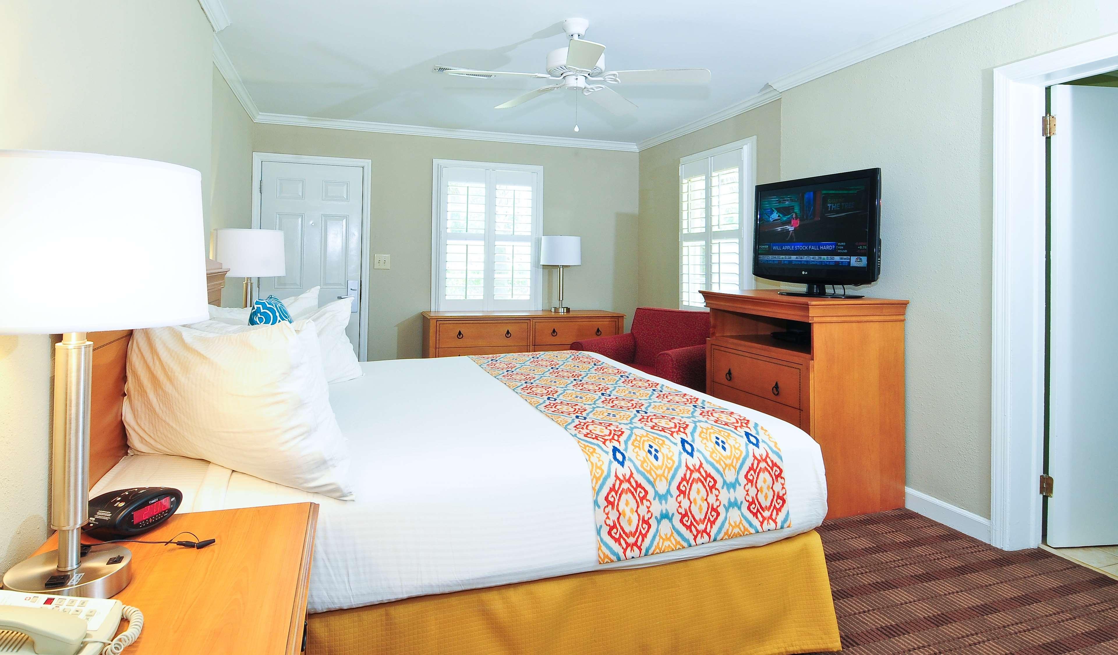Best Western Plus Grand Strand Inn & Suites image 26