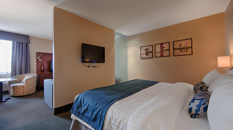 Best Western Plus Hotel Albert Rouyn-Noranda à Rouyn-Noranda: Suite King
