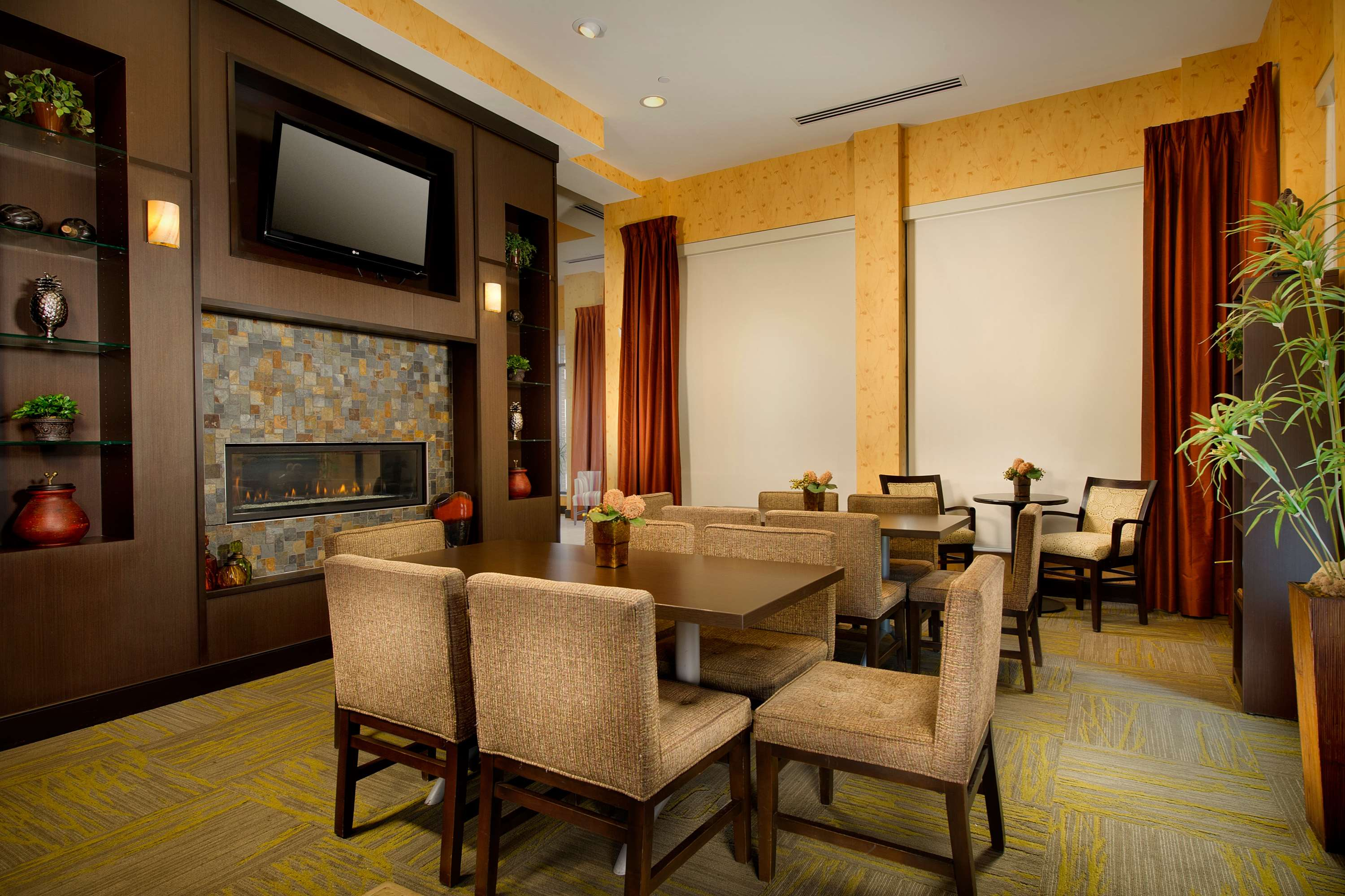 Hotels business in Indianapolis, IN, United States