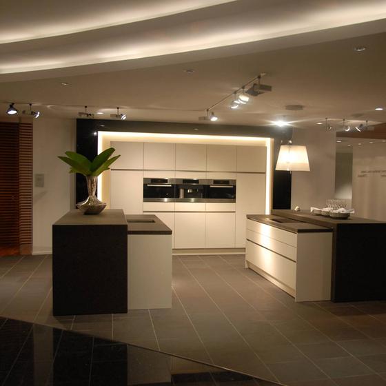 Rossi cucine mobili torino italia tel 0118127 for Mobili cucine torino