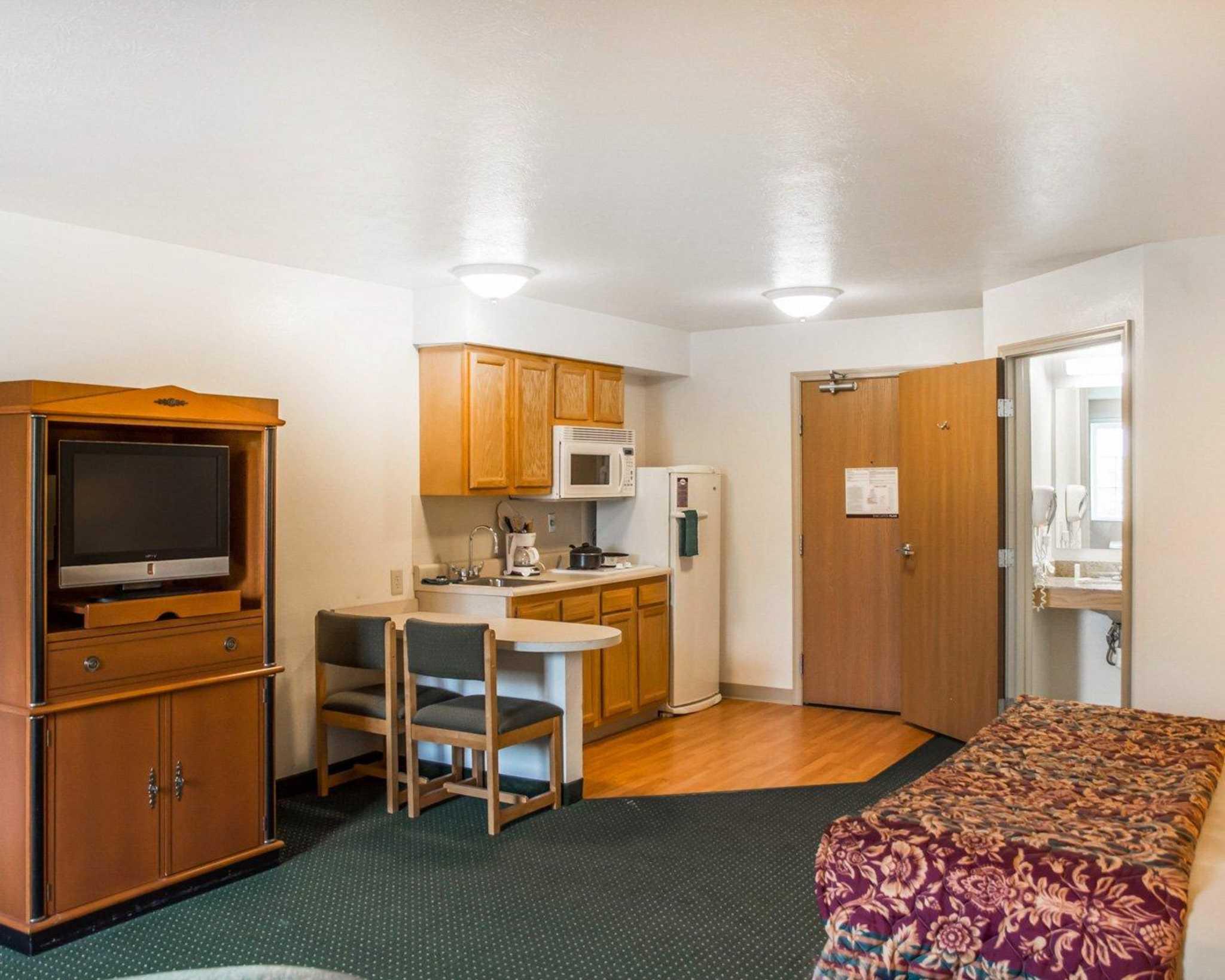 Suburban Extended Stay Hotel Dayton-WP AFB image 7