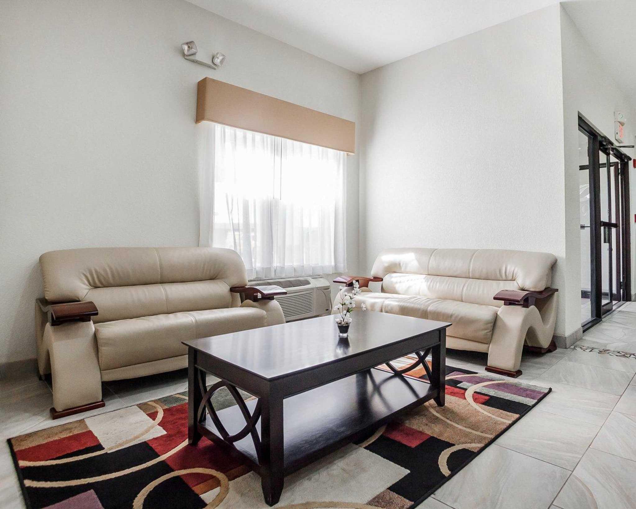 Quality Inn & Suites Altoona - Des Moines image 17