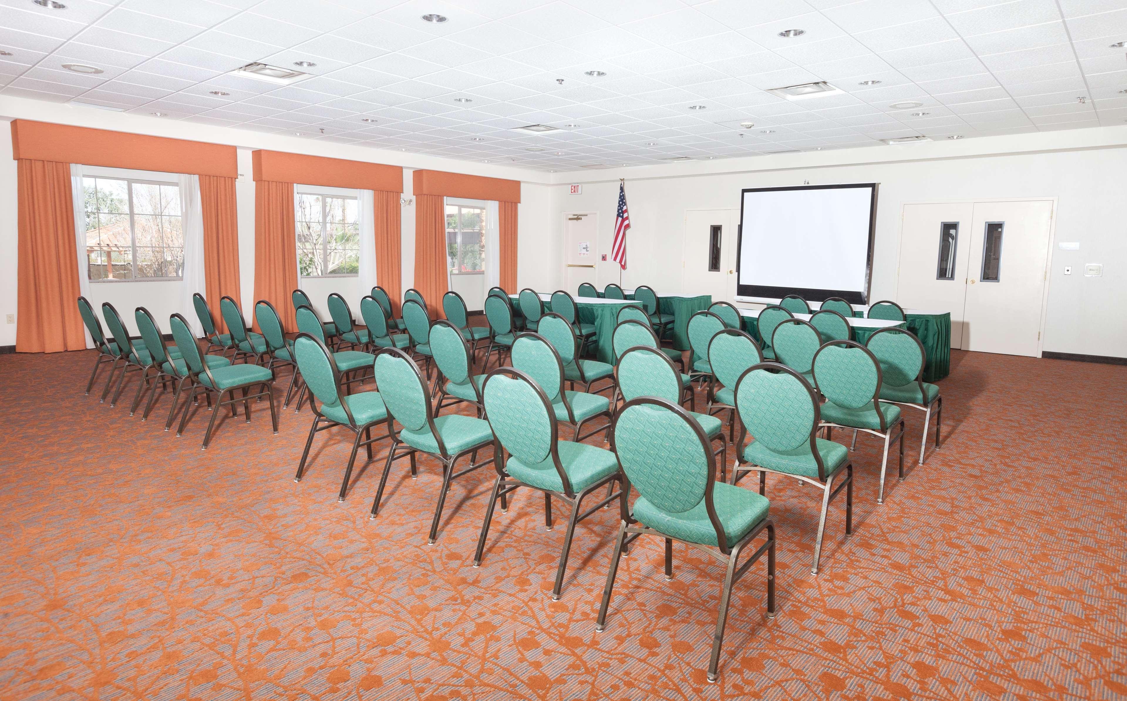 Hilton Garden Inn Palm Springs/Rancho Mirage image 29