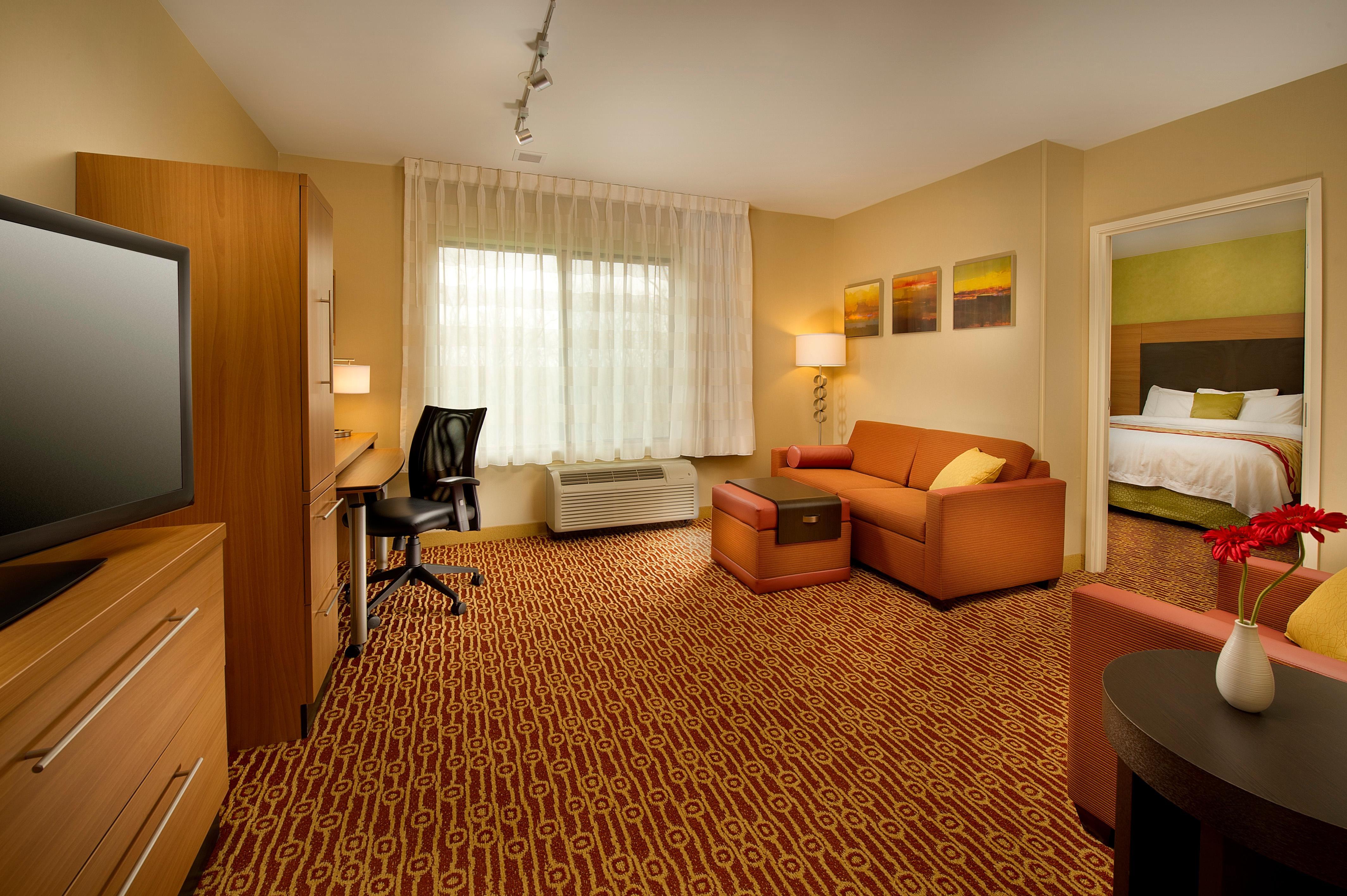 TownePlace Suites by Marriott Bridgeport Clarksburg image 2