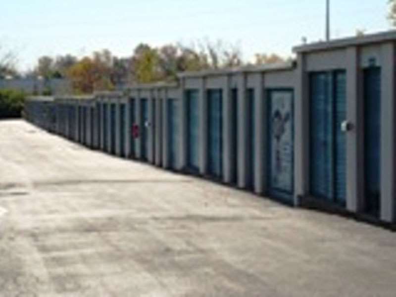 Extra E Storage 3569 Main St Columbus Oh Warehouses Merchandise Self Mapquest