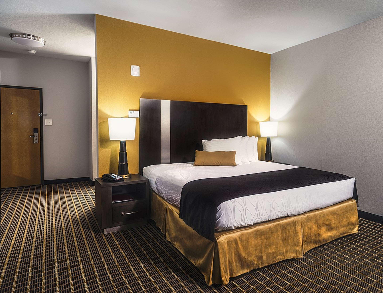 Best Western Plus Lampasas Inn & Suites image 10