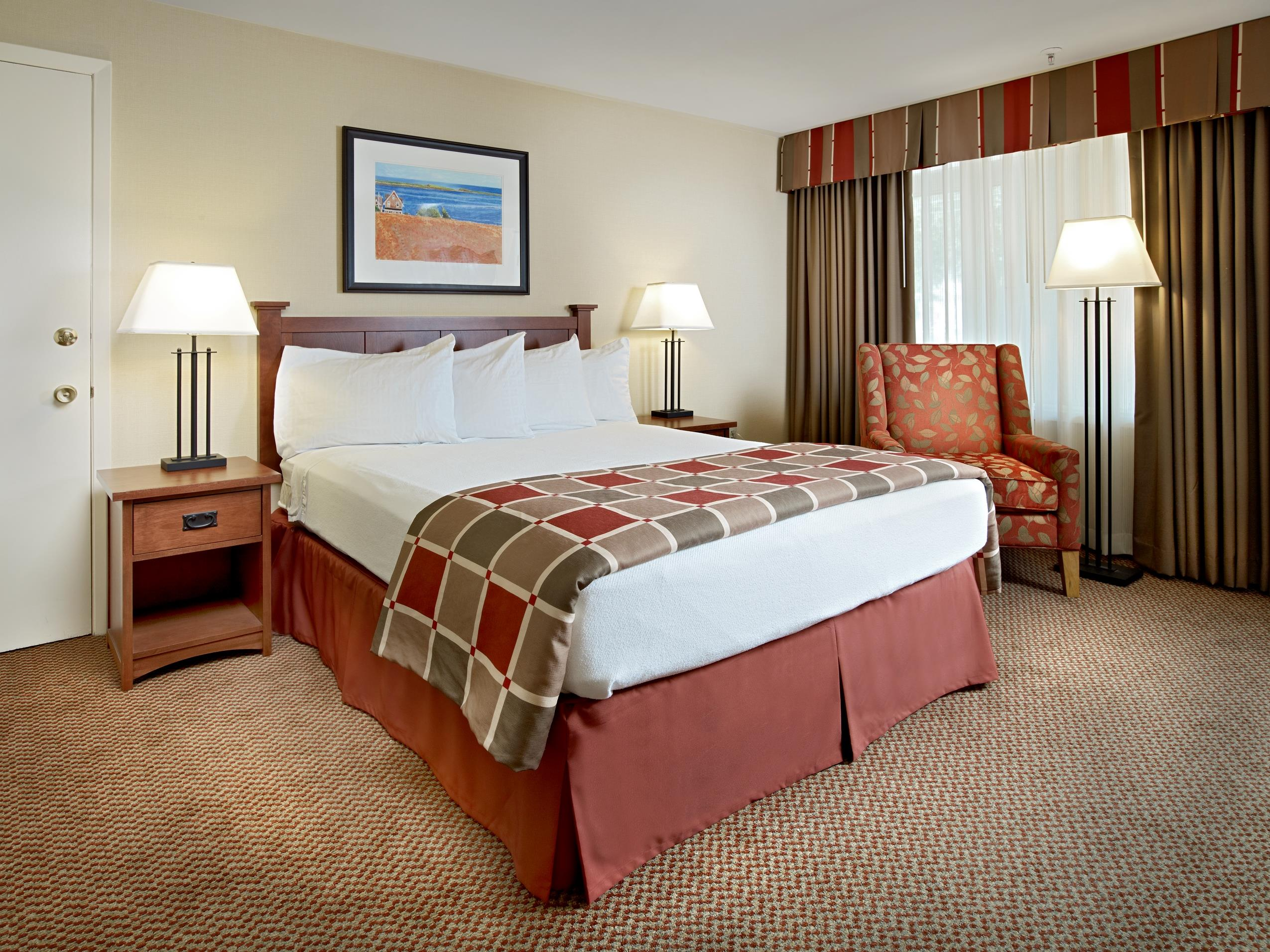 Charlottetown Inn & Conference Centre in Charlottetown: Queen Bed Guest Room
