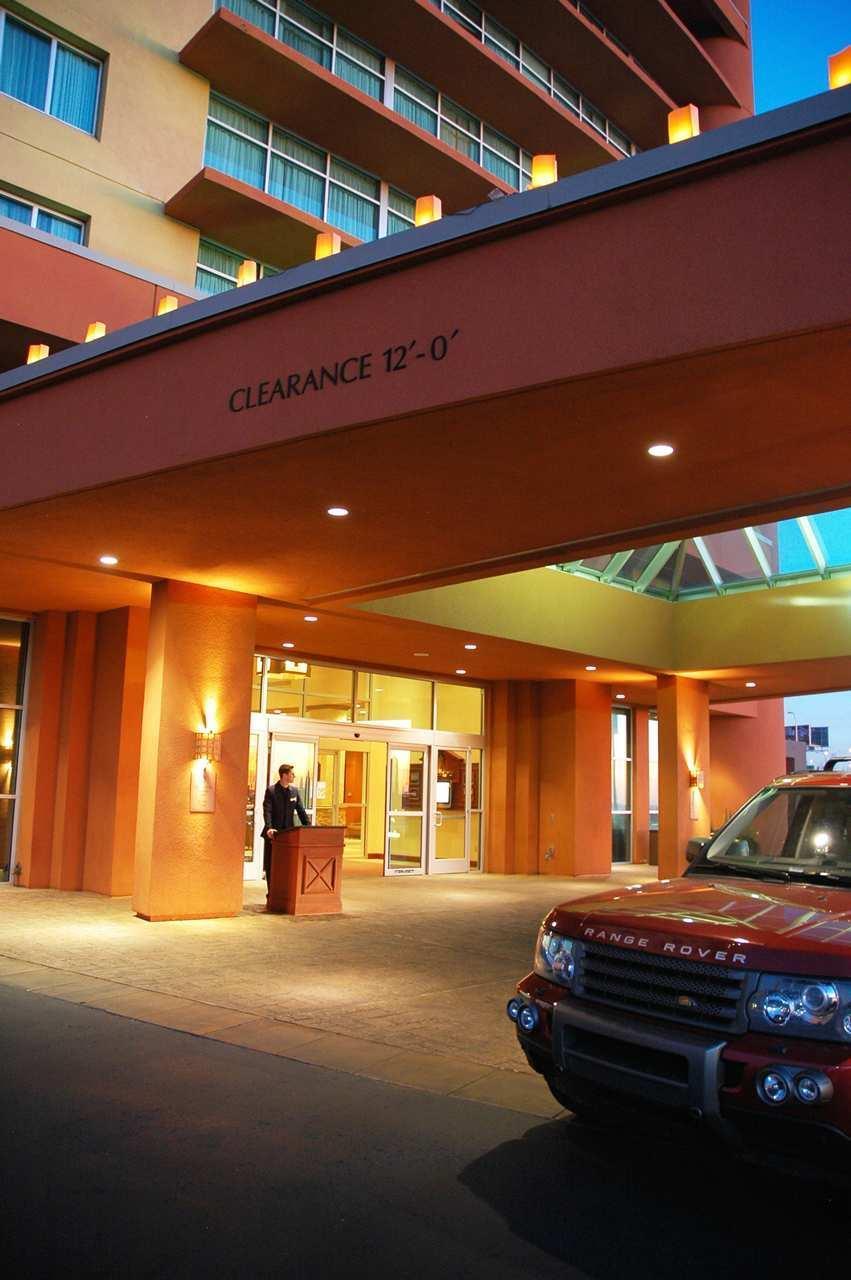 Embassy Suites by Hilton Albuquerque Hotel & Spa image 0