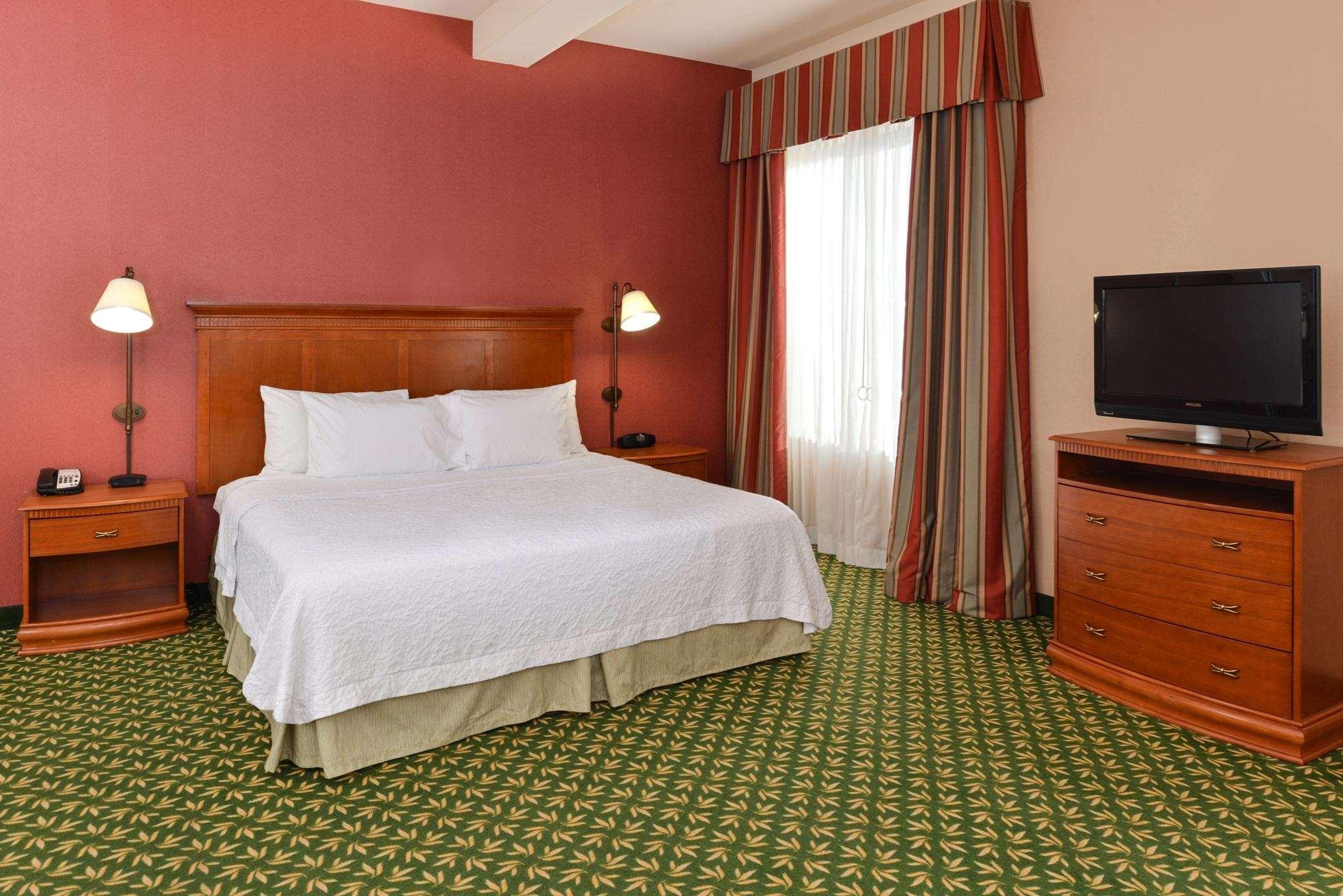 Hampton Inn & Suites Casper image 36