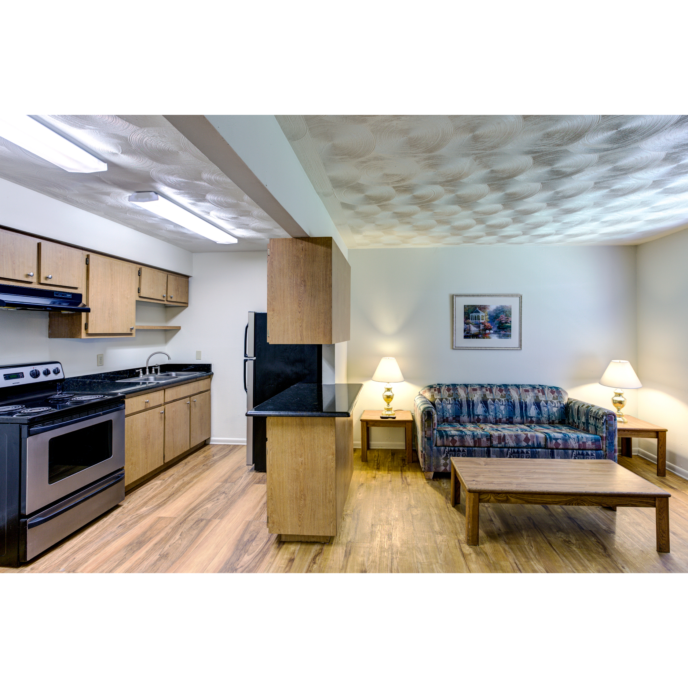 Oakwood Crest Upgraded Apartments